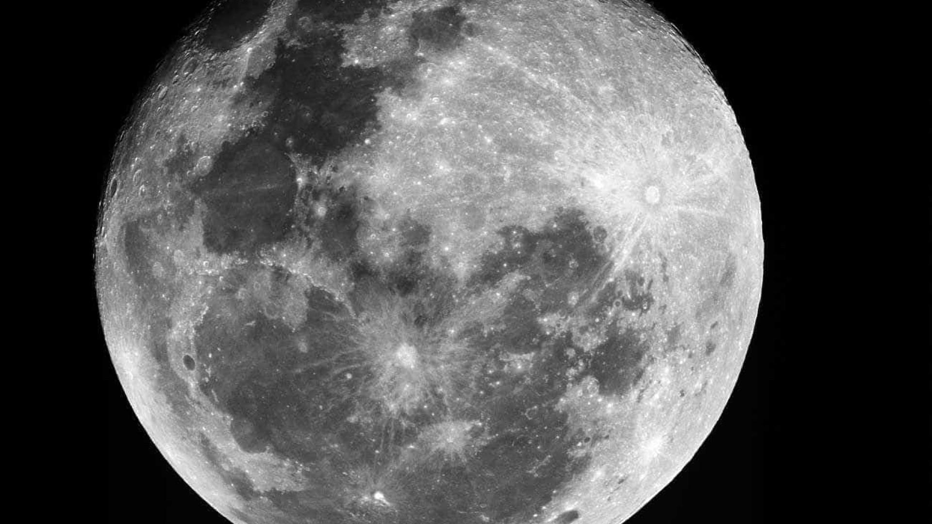 Cientistas descobrem que 'chove' pedra regularmente na Lua; assista