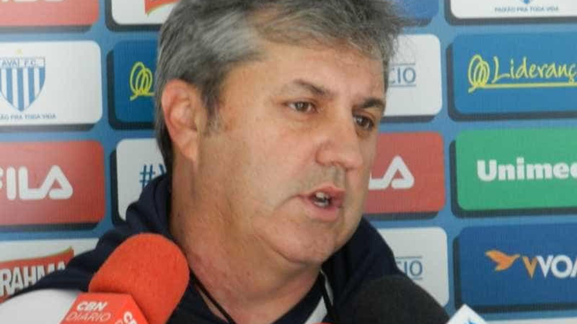 Kleina cobra da Ponte Preta para vencer o Botafogo e colar no G4