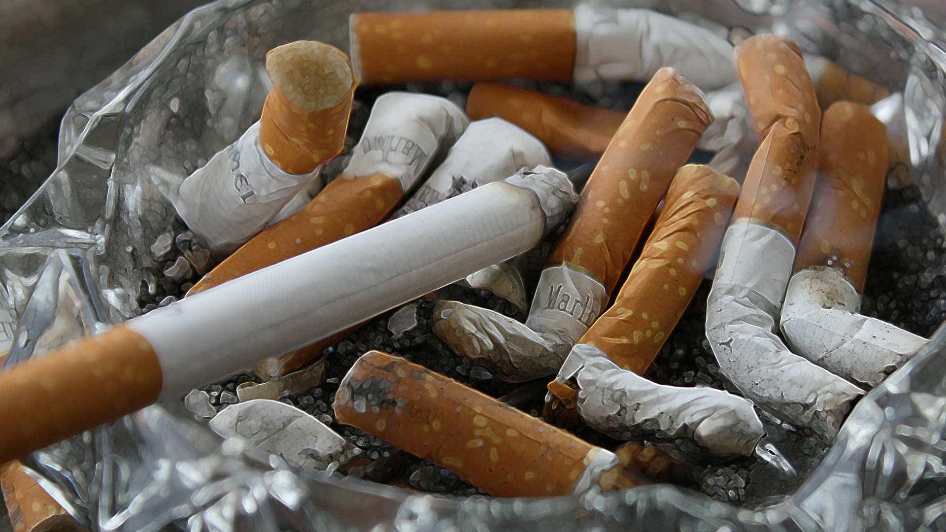 Polícia prende quatro pessoas com 700 caixas de cigarros no interior de SP