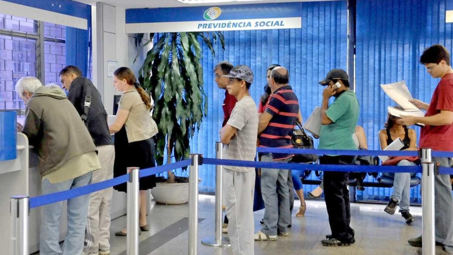 Fila de pedidos em atraso será zerada em seis meses, diz INSS