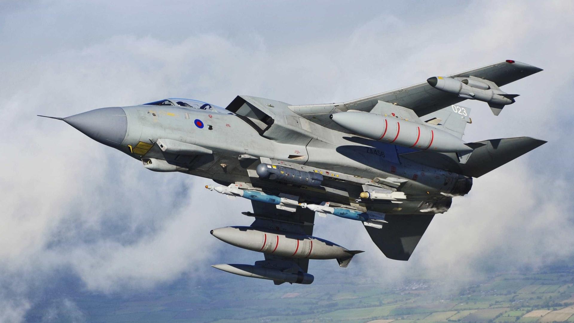 Reino Unido faz primeiro ataque aéreo contra Estado Islâmico