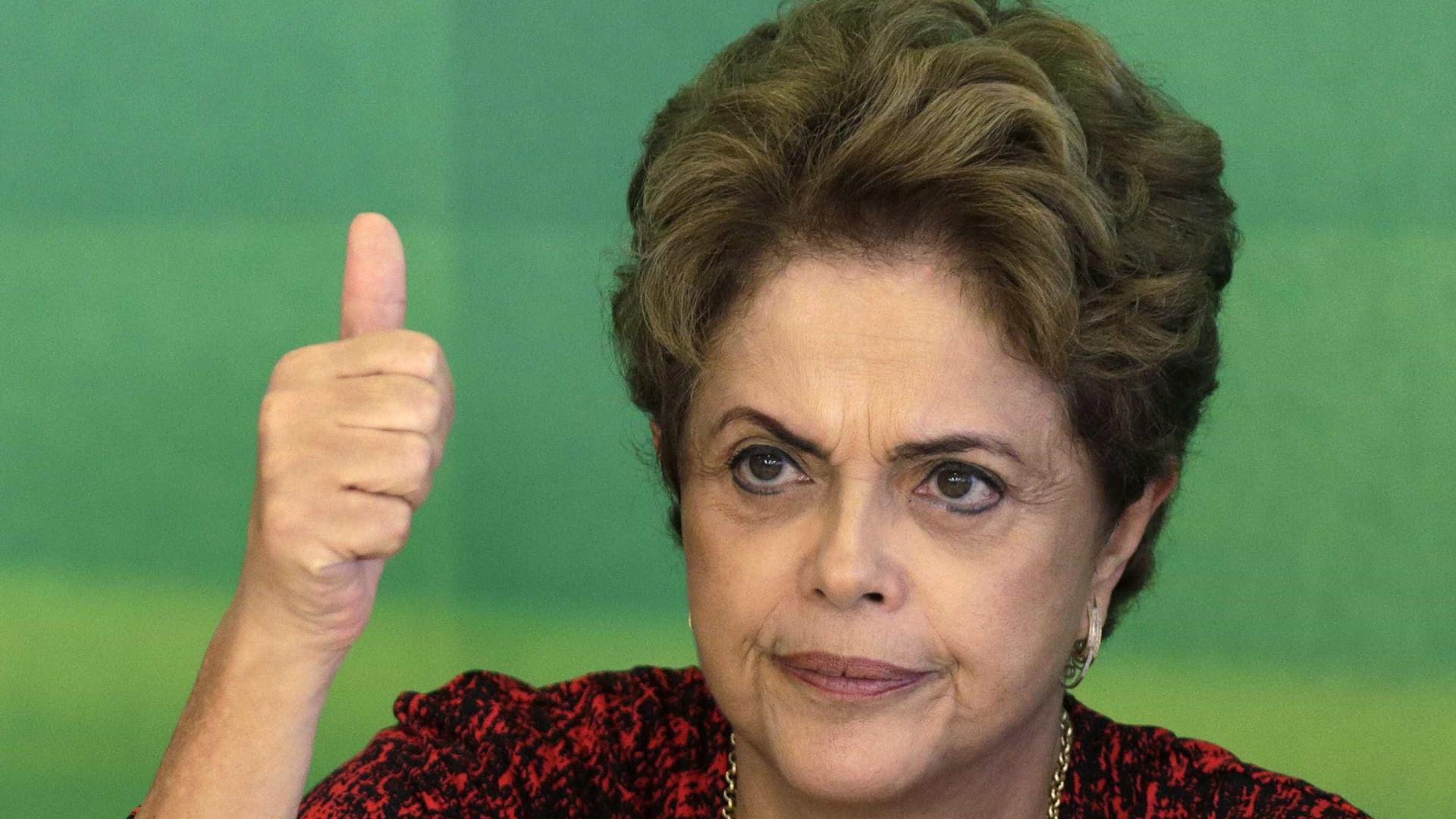 Dilma comemora indicação de documentário que fala sobre impeachment