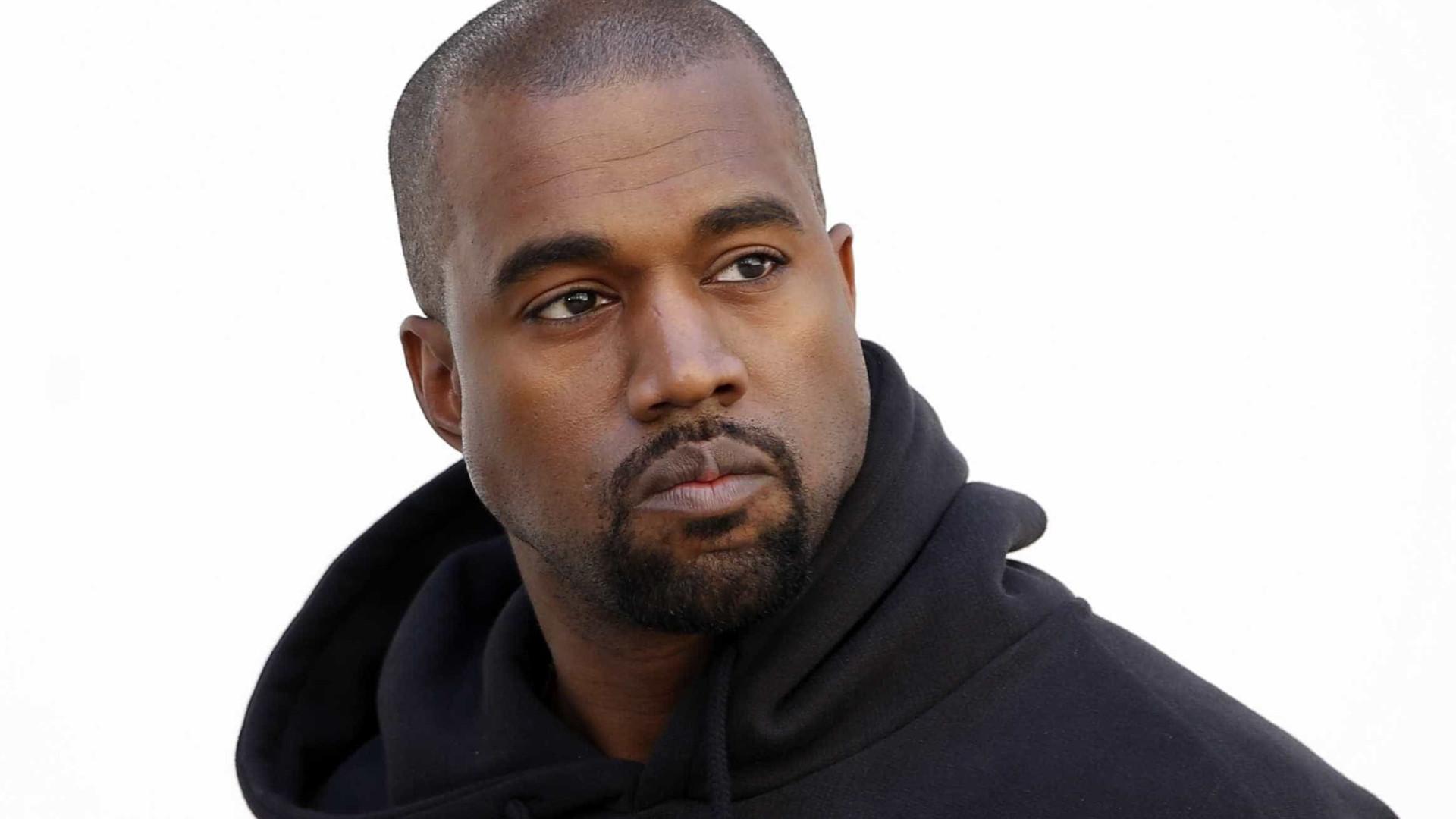 Kanye West retorna ao Instagram seguindo apenas Kim Kardashian