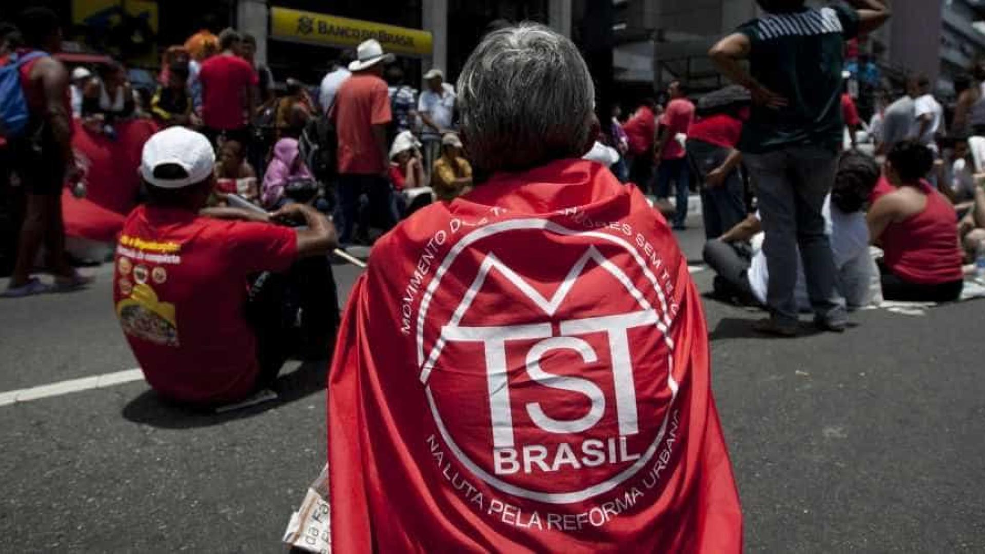 Sem-teto tentam revogar decisão de Cármen Lúcia sobre despejo em SP