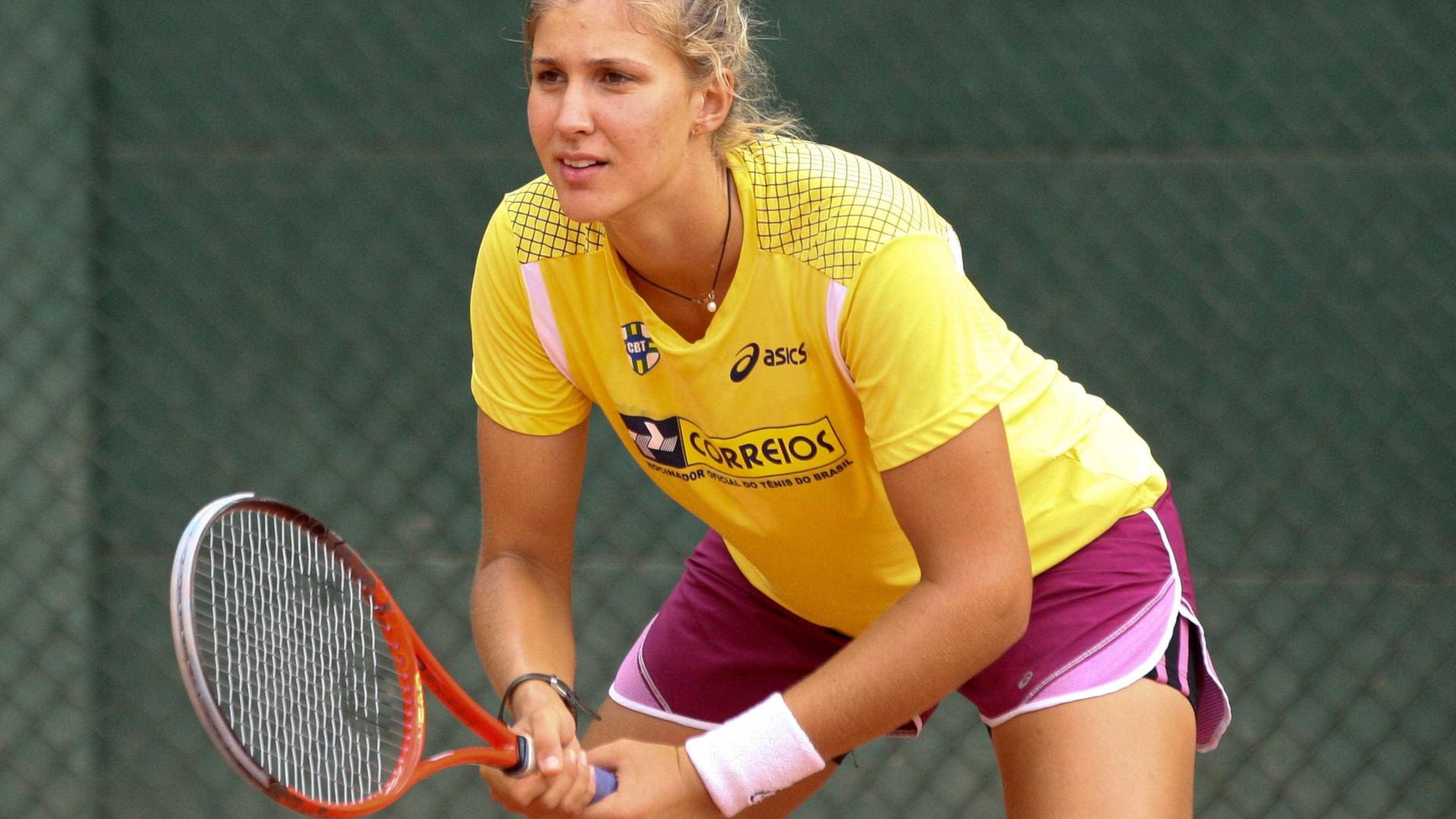 Bia Haddad vence em Wimbledon e avança à segunda rodada