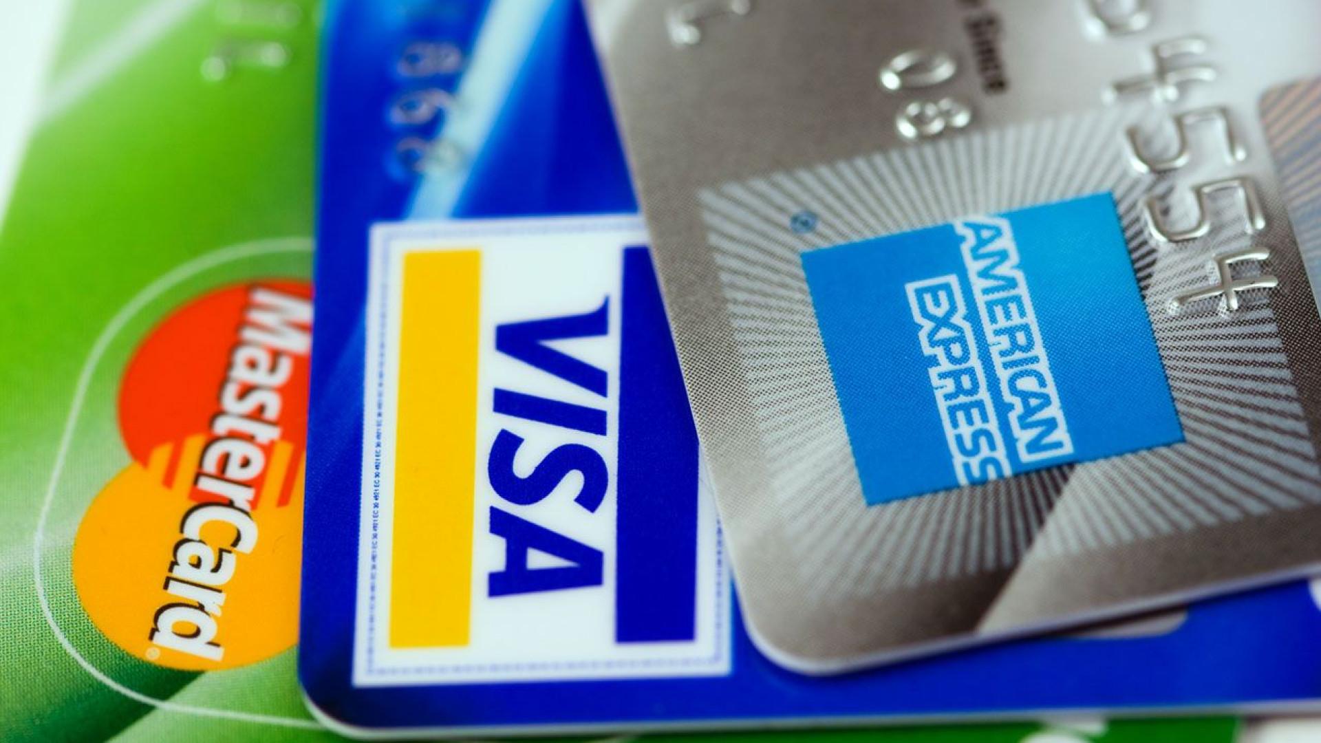 Argentina limita operações com cartão de crédito no exterior