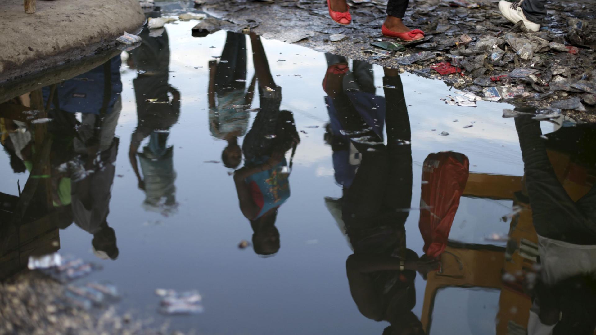 Pelo menos 15 crianças morrem num incêndio em orfanato ilegal no Haiti