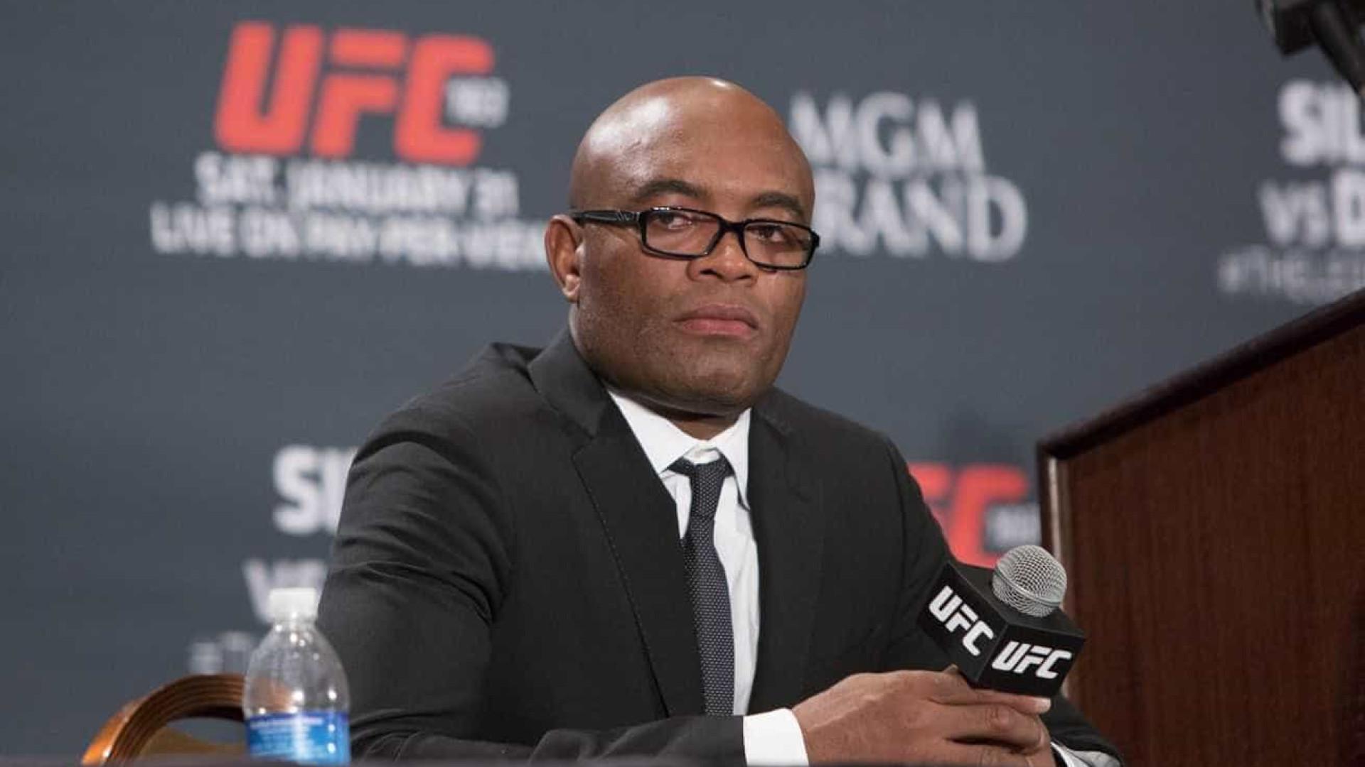 Anderson Silva volta atrás de aposentadoria: 'Capaz de seguir competindo no MMA'