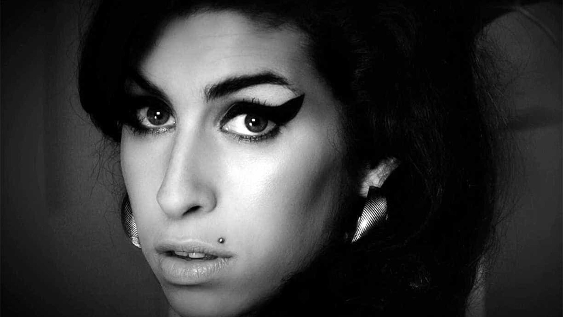 14 de setembro: aniversário de Amy Winehouse