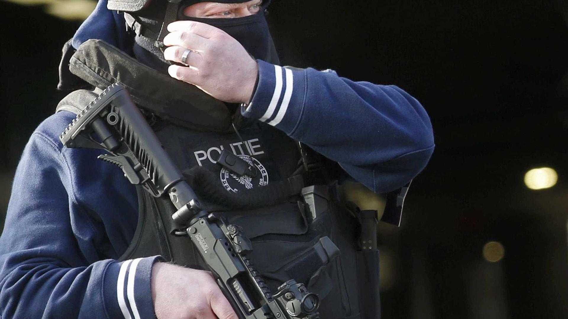 Três shoppings são evacuados na Bélgica após alerta de bomba