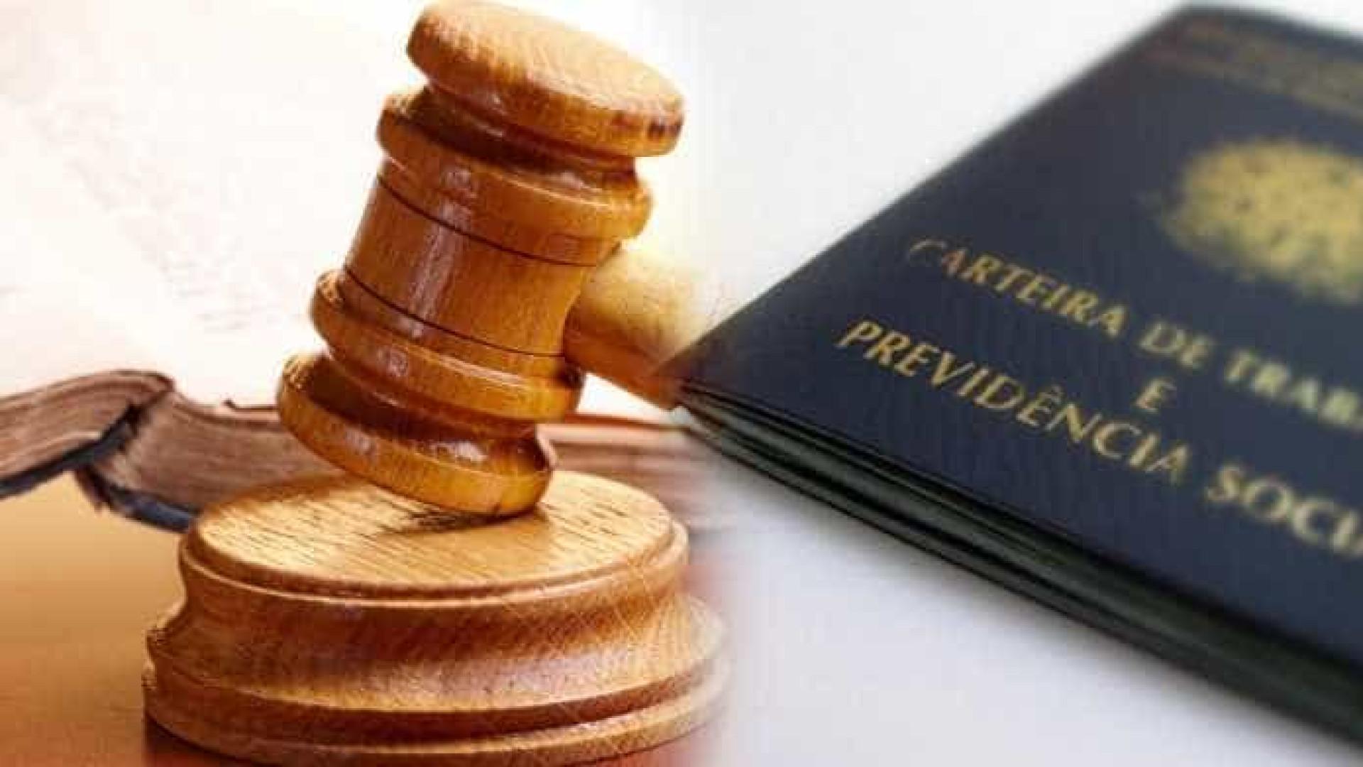 Justiça condena ex-servidora do INSS por advocacia para segurados