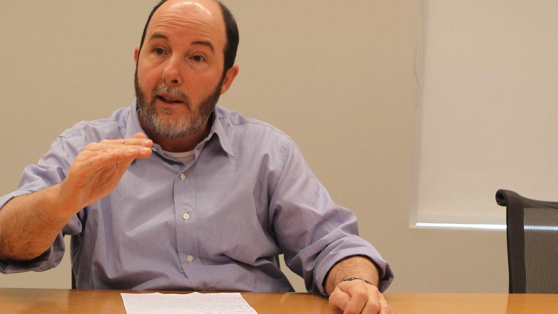 Brasil já passa por depressão econômica, diz Armínio Fraga