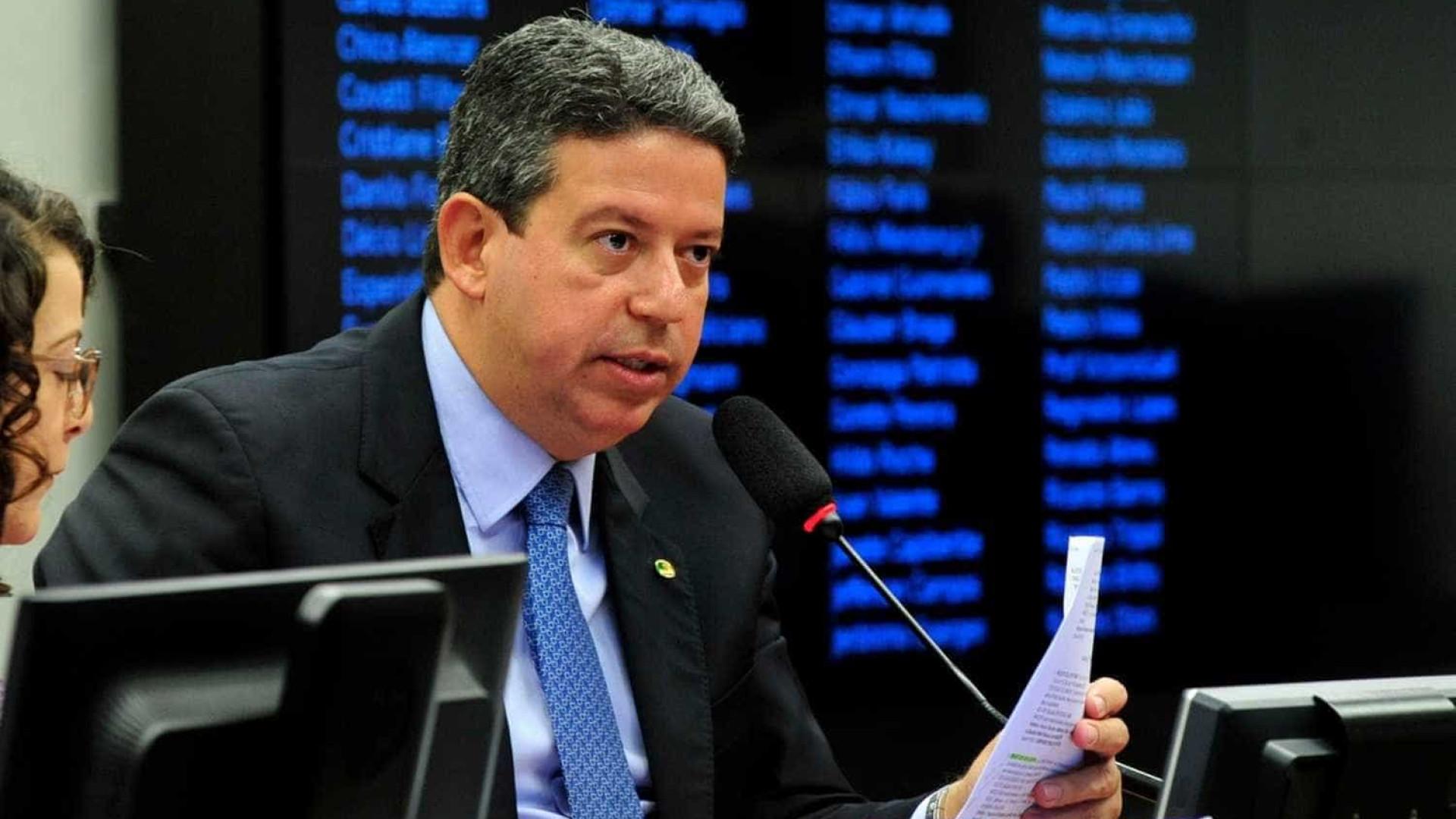 Grupo de Lira tenta acordo com aliados de Baleia para Mesa Diretora