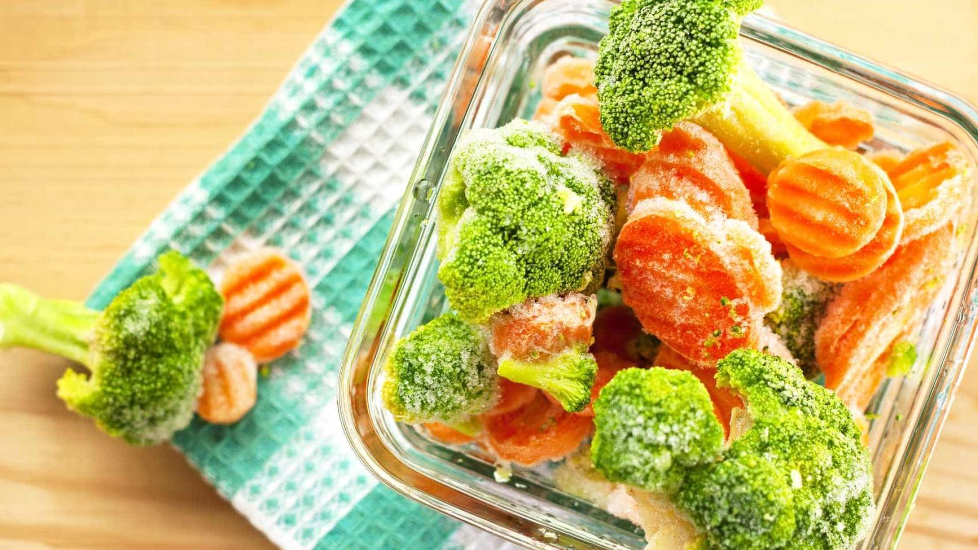 Legumes frescos ou congelados. Nutricionista explica as diferenças