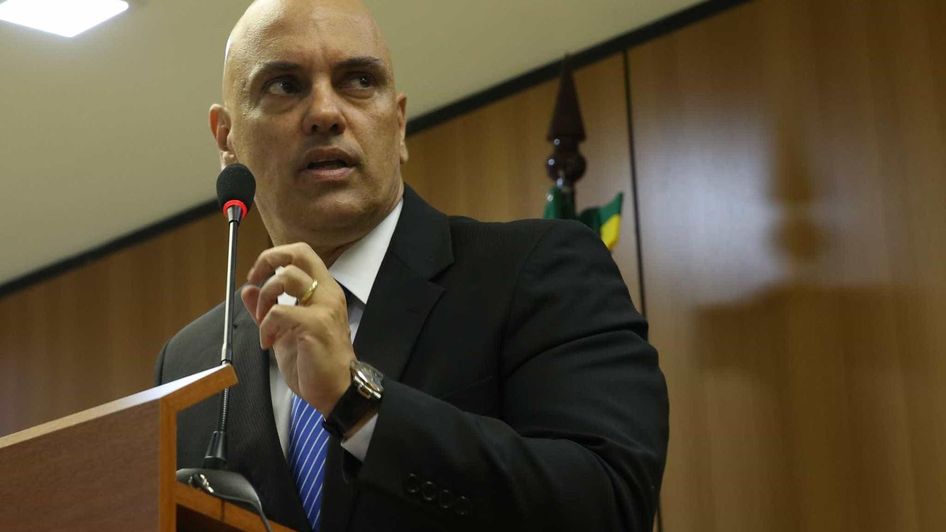 Temer repreende Moraes por operação  contra terrorismo, diz coluna