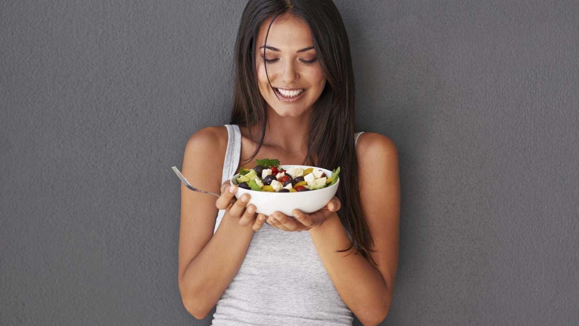 Hábitos inocentes que estão sabotando sua perda de peso