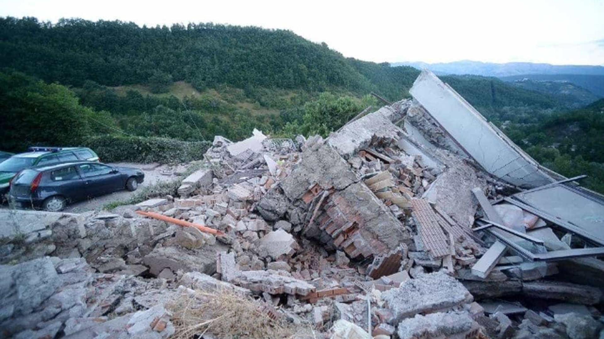 Após 82 dias, número de mortos por tremor na Itália sobe para 299