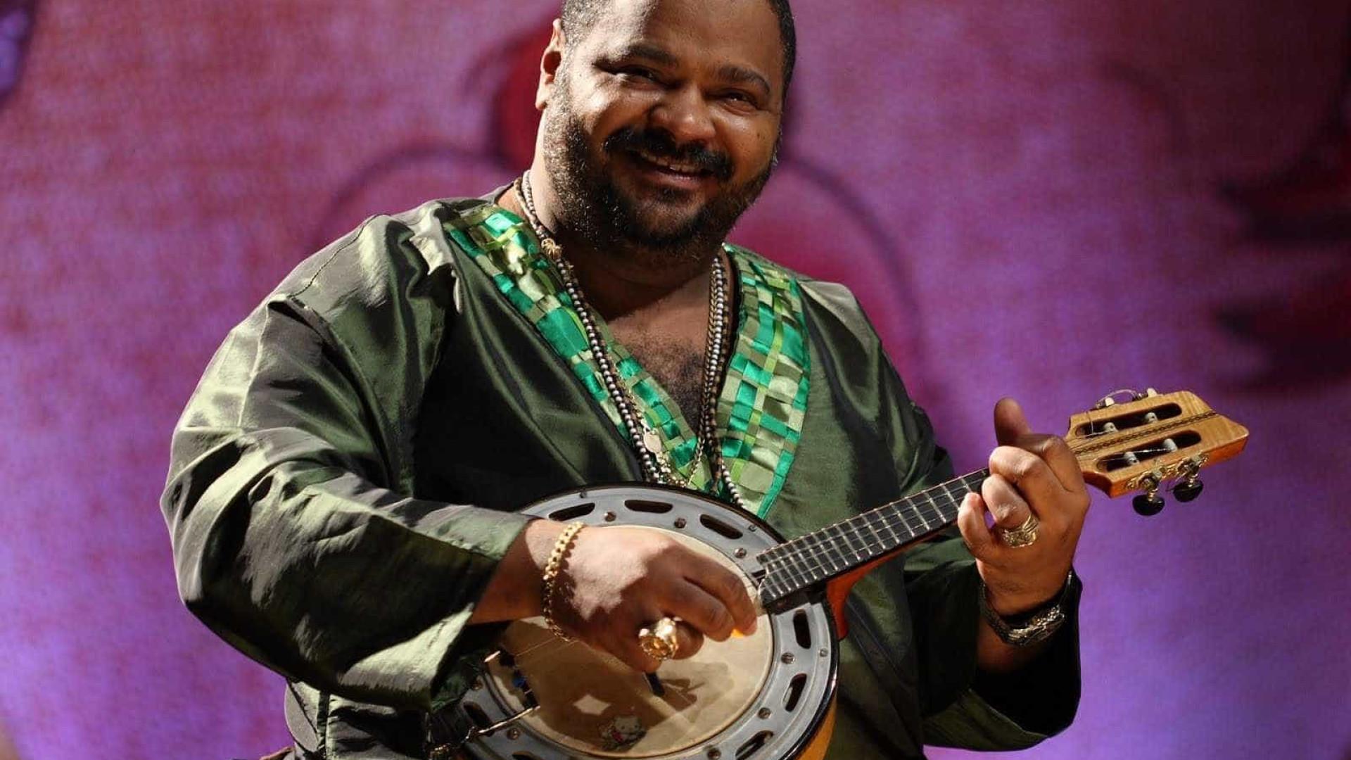 'Eu cantei o samba-enredo e ele chorou', diz o filho de Arlindo Cruz