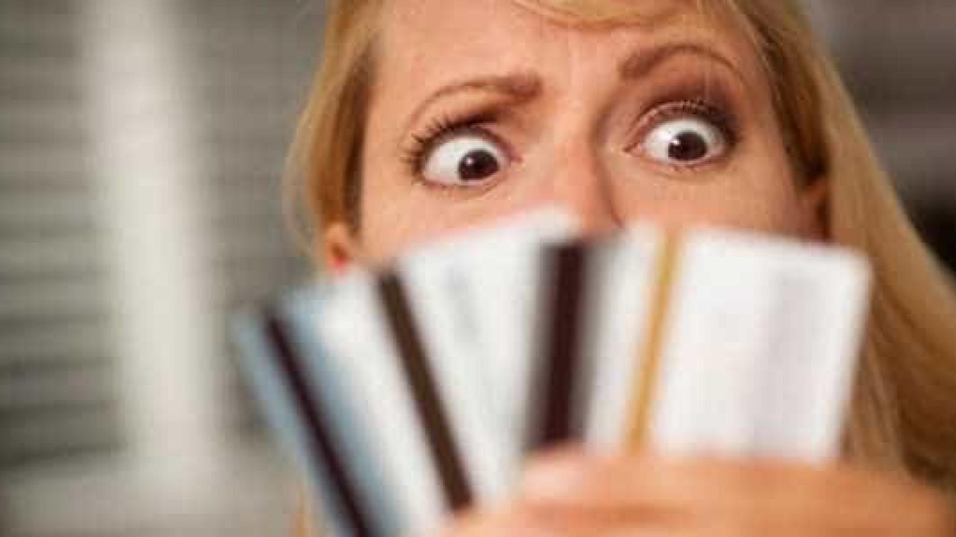 Compra parcelada pode deixar orçamento fora de controle