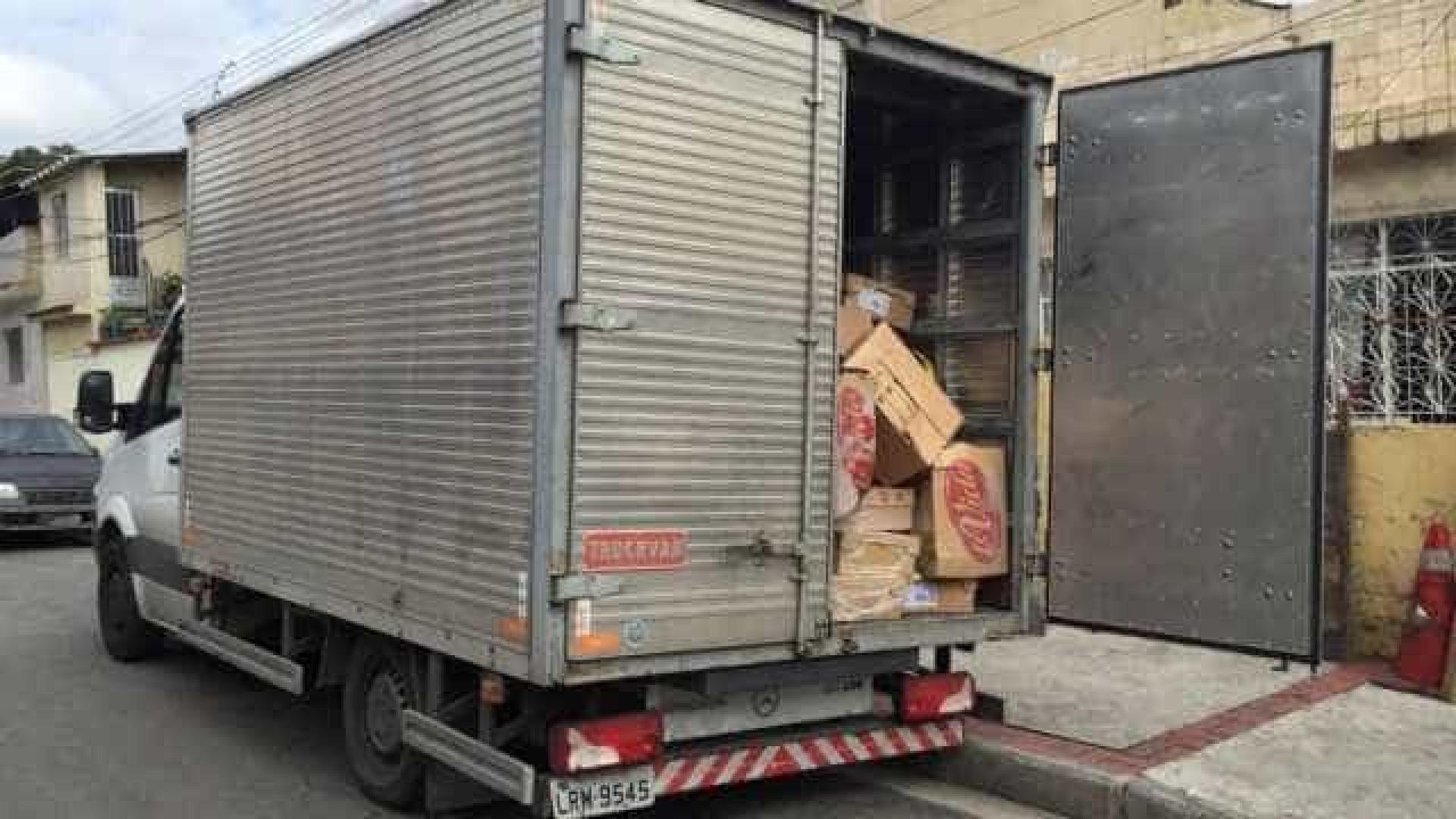 Polícia troca tiros com bandidos de carga em Manguinhos