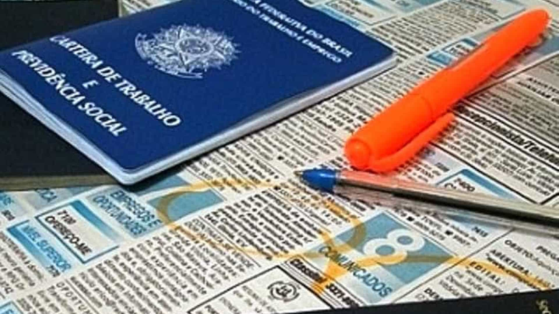 Brasil cria 70,8 mil empregos com carteira assinada em outubro