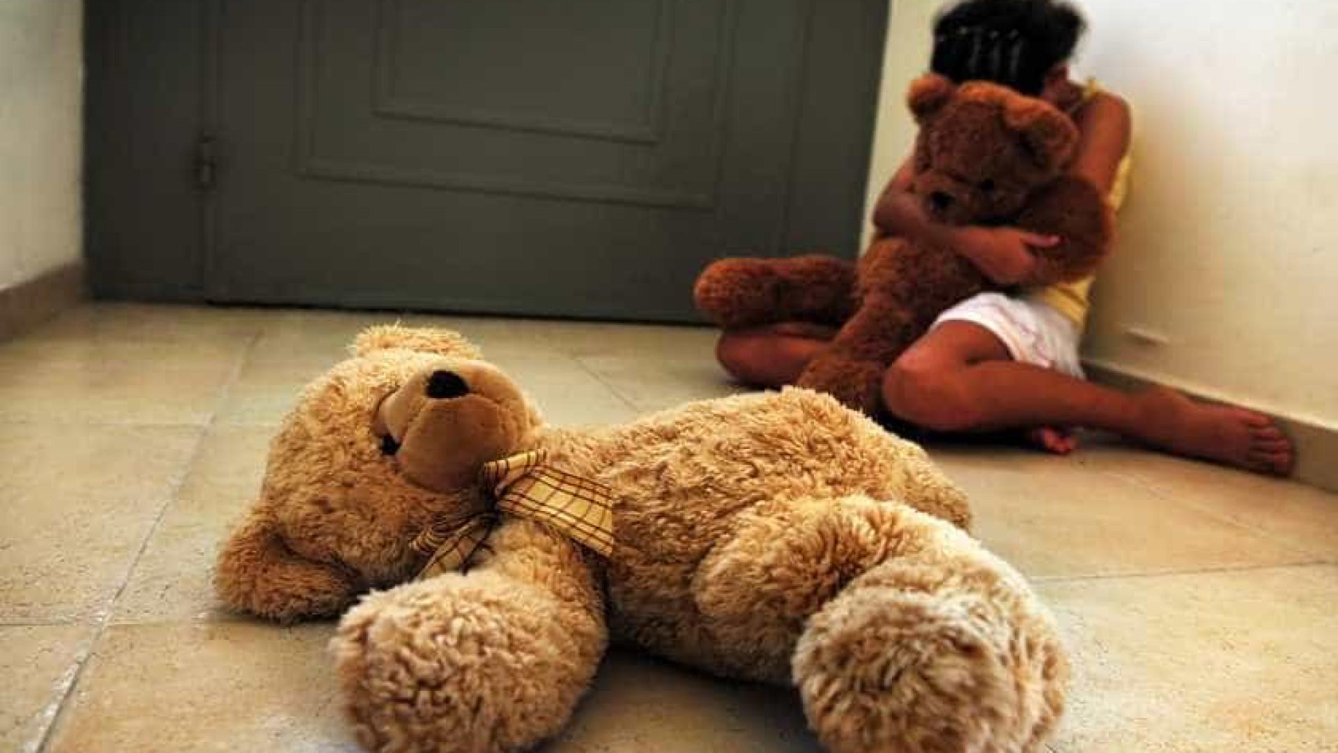 Avô é suspeito de estuprar seis netas com idades de 4 a 15 anos em SP