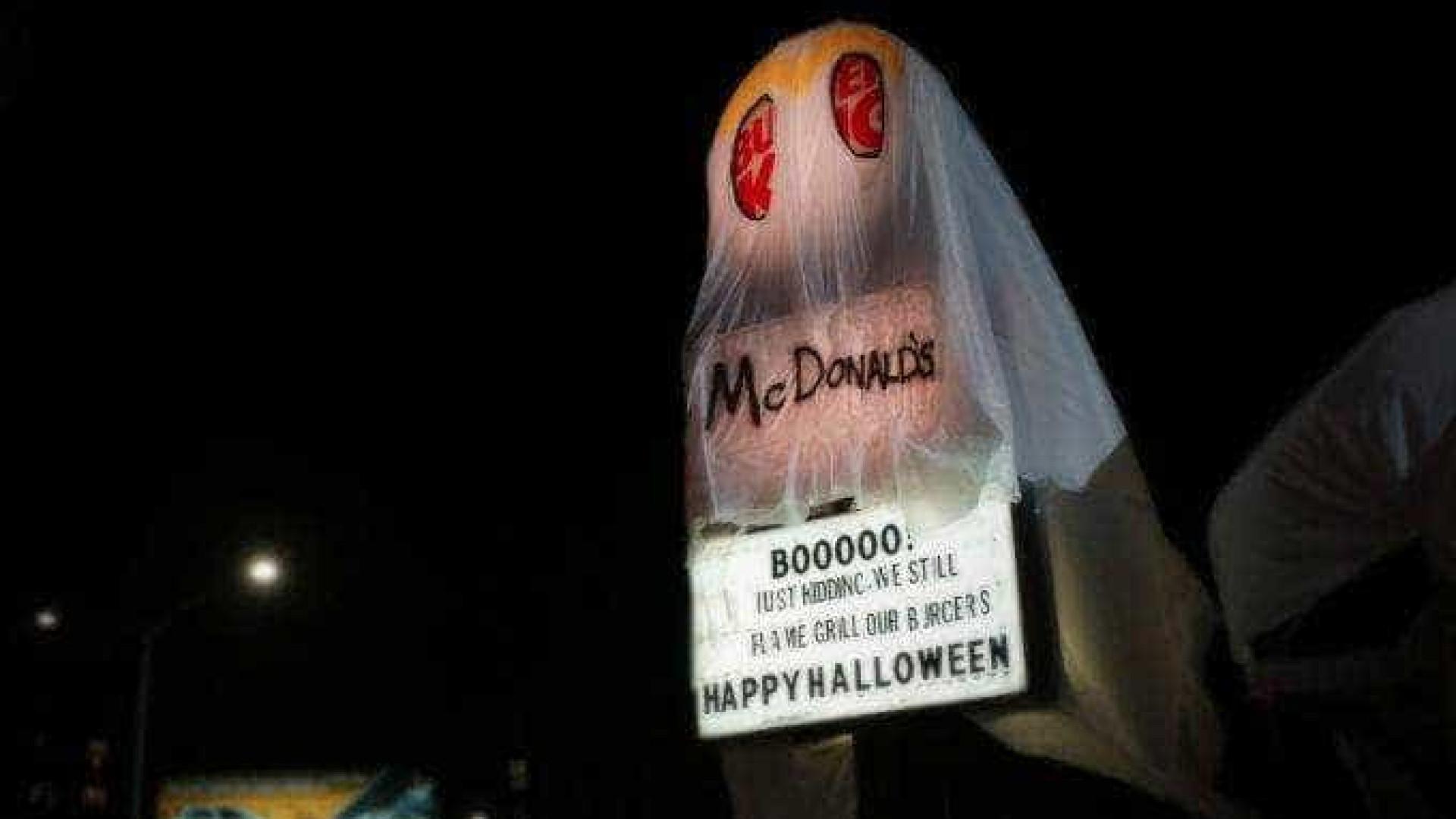 Burger King usa fantasia de McDonald's para o Halloween; assista!
