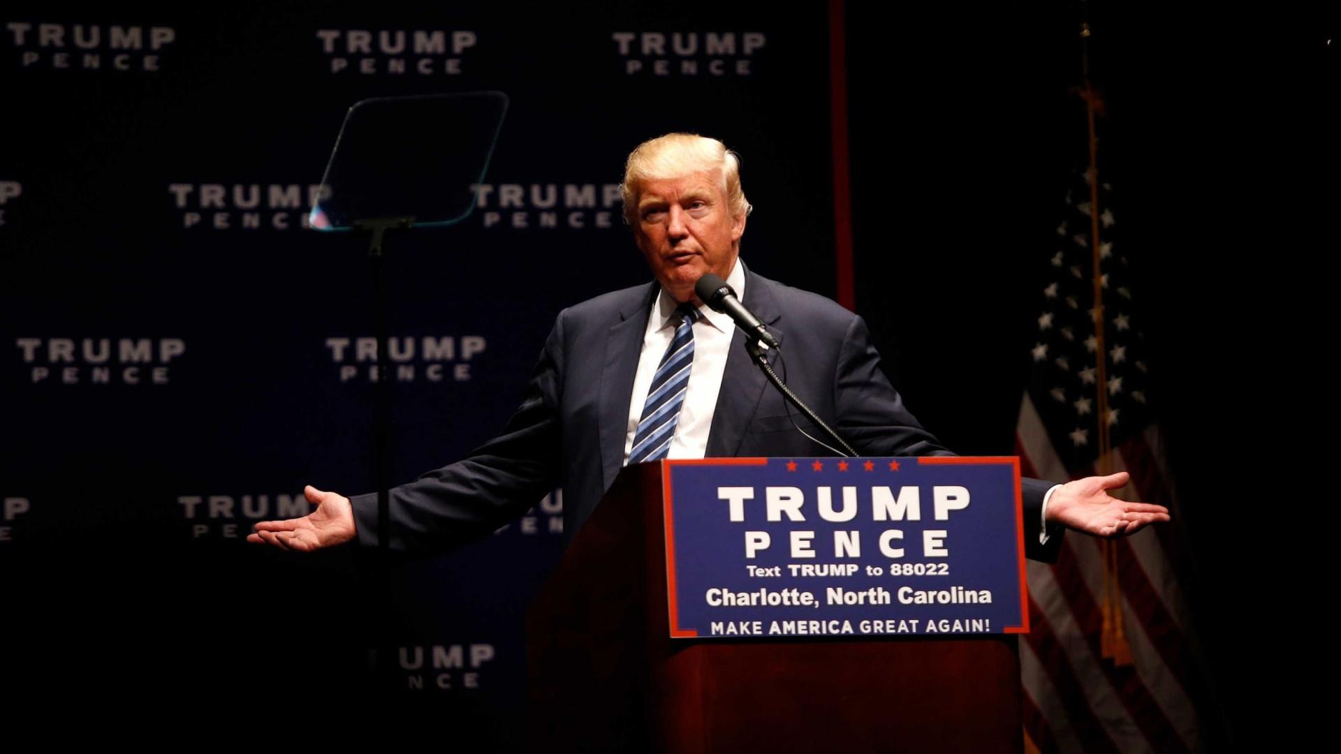 Trump volta a criticar México por 'não fazer nada' para travar caravana