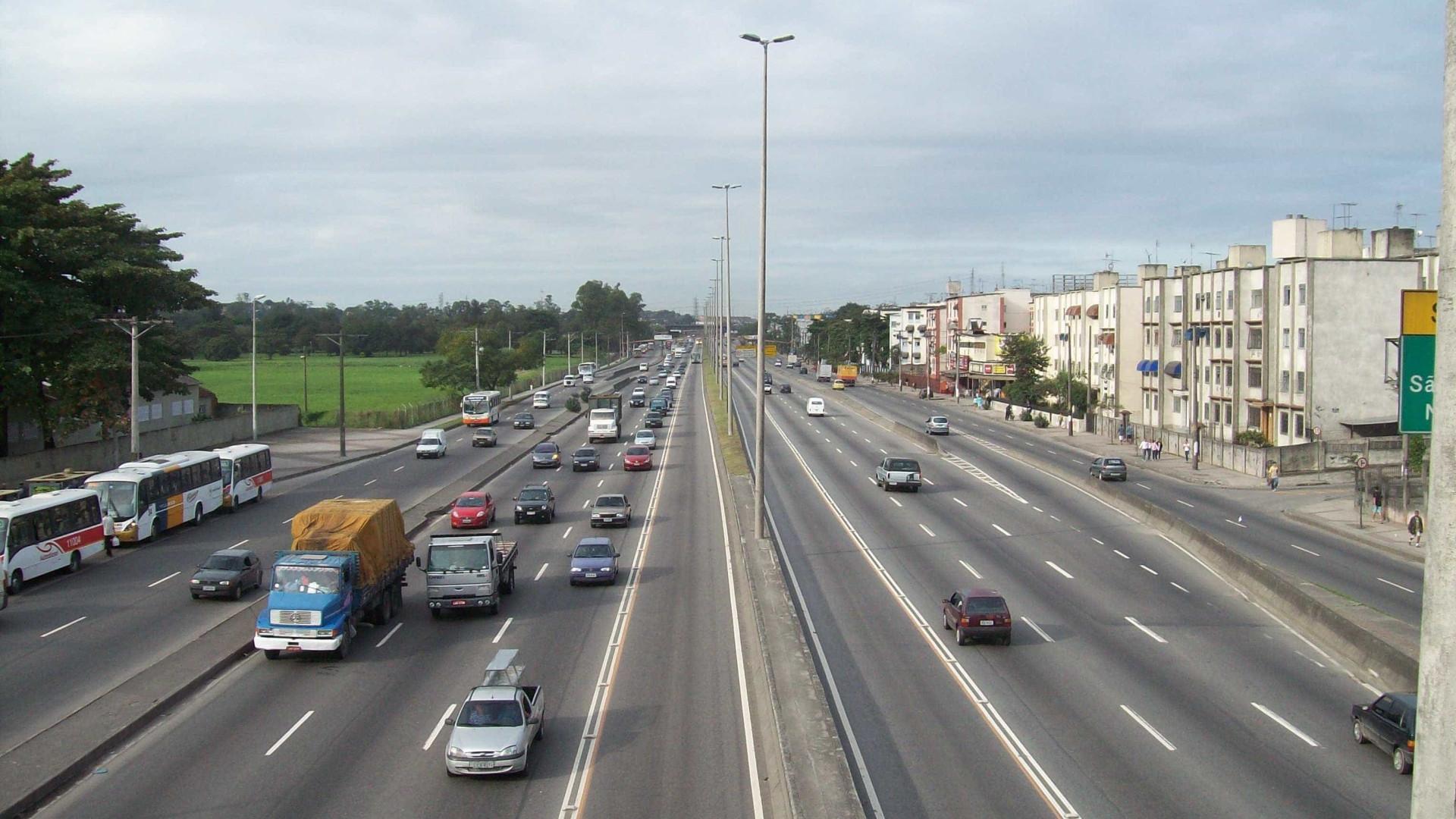 Tiroteio na Avenida Brasil deixa ao menos cinco feridos