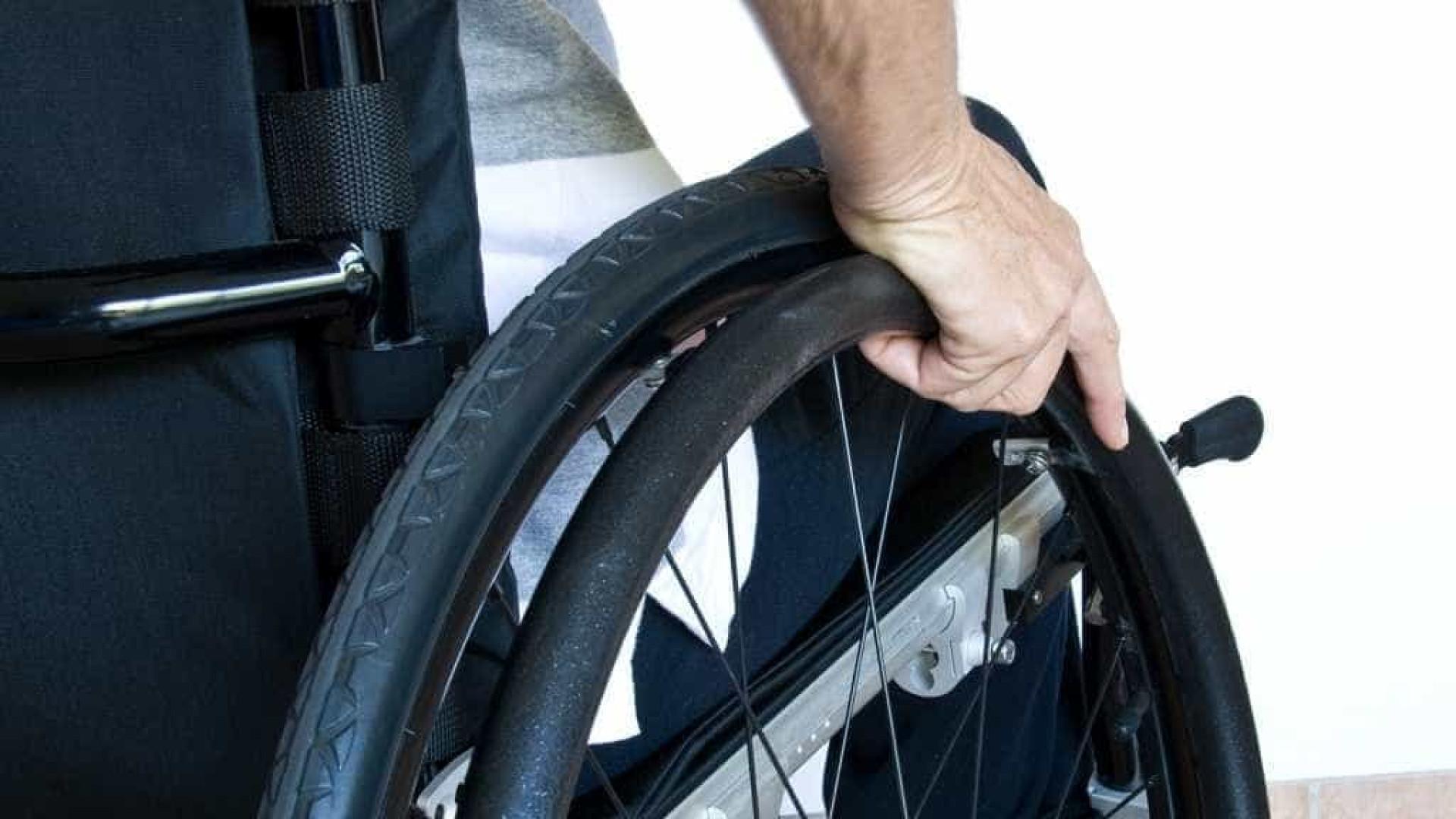 Cadeirante é impedido de votar por falta de acessibilidade