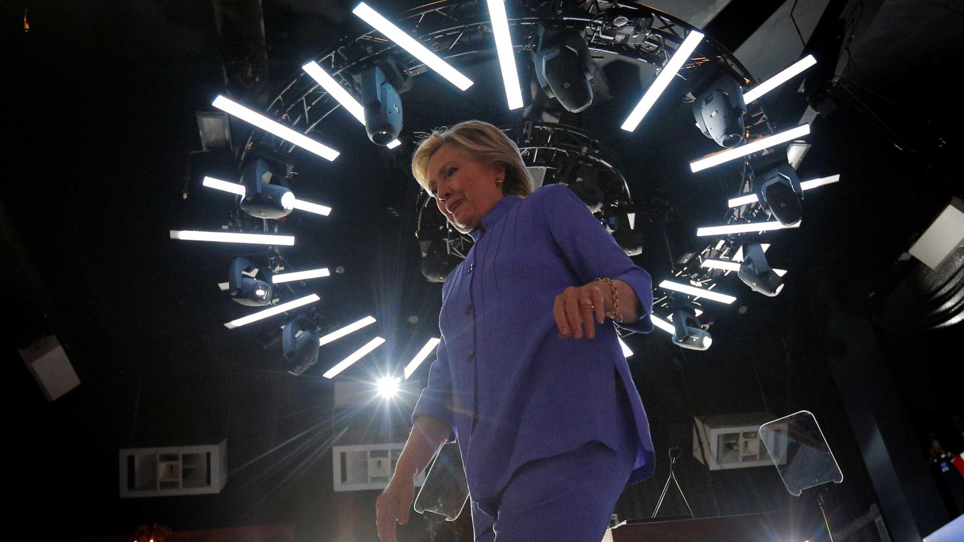 """Financial Times"" declara apoio a Hillary"
