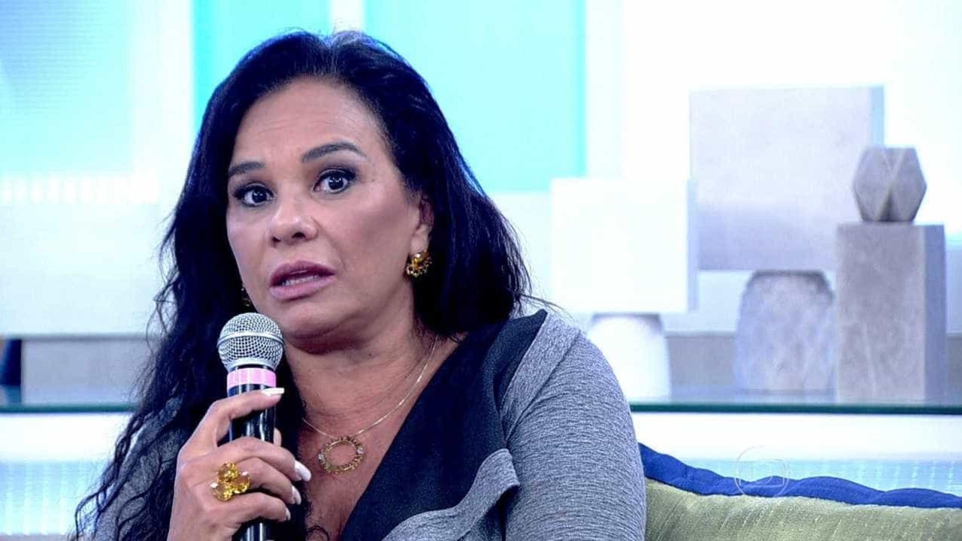 Solange Couto diz que tomou vacina contra Covid por direito e não por ser famosa