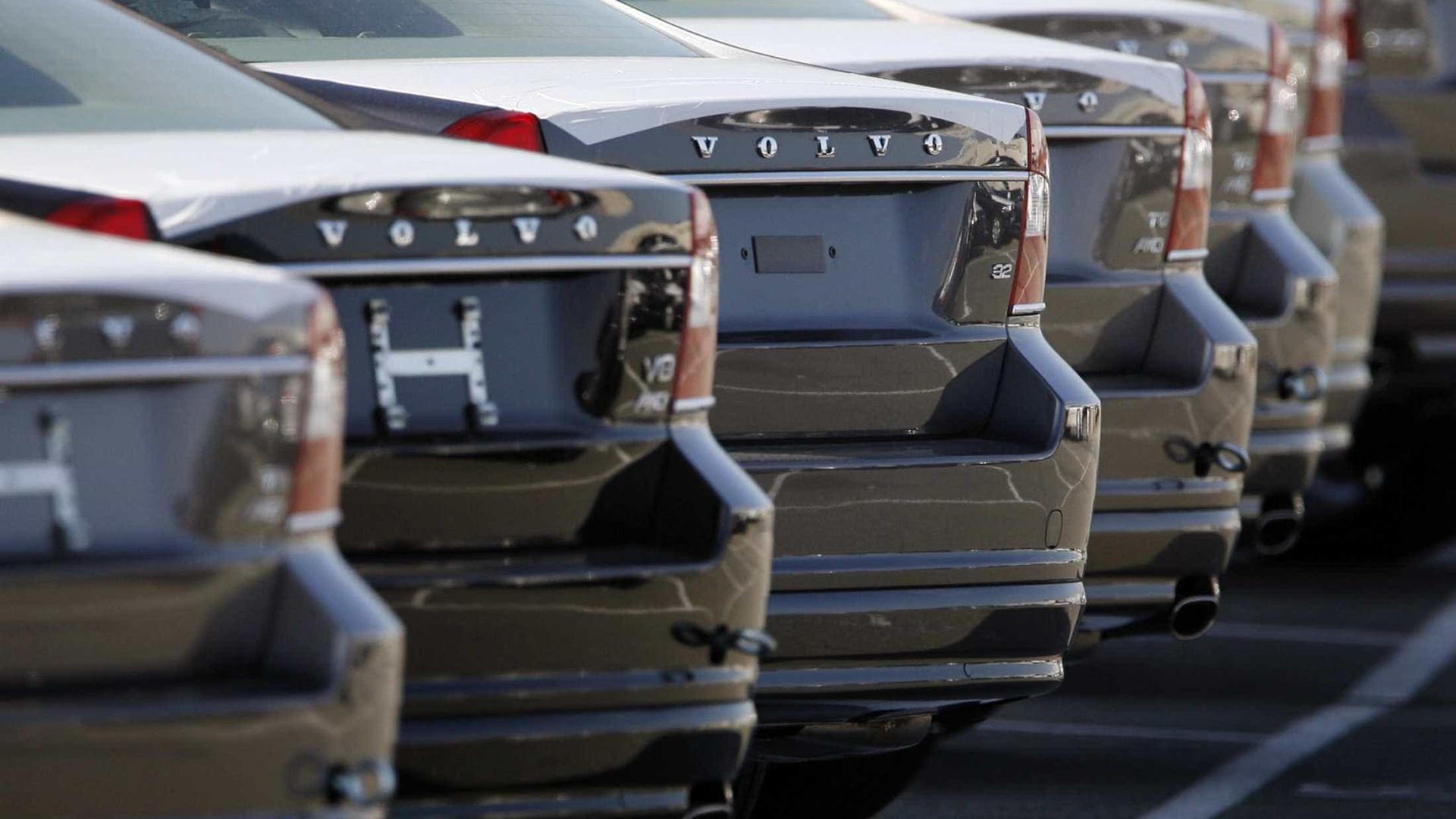 Venda de veículos novos registra alta em fevereiro