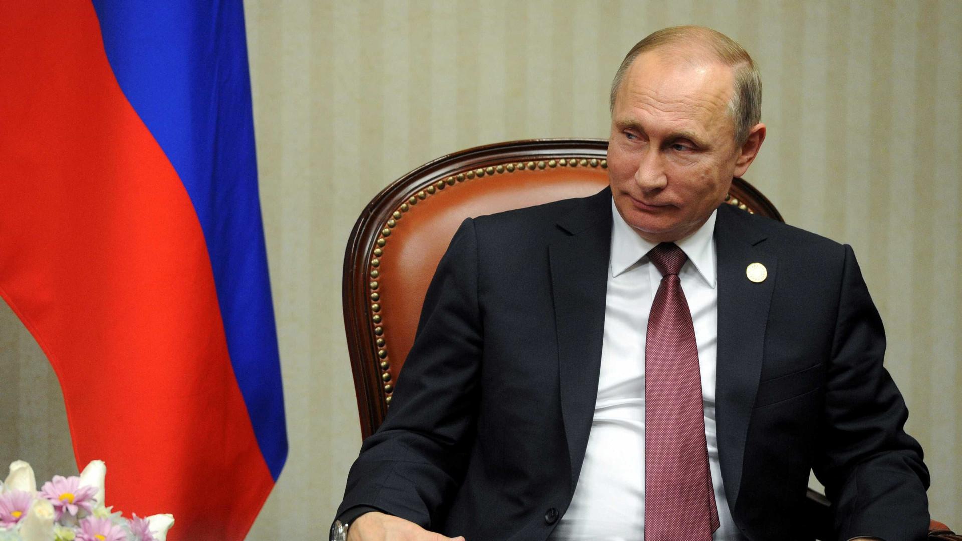 Referendo de Putin busca legitimar manobra para manutenção do poder