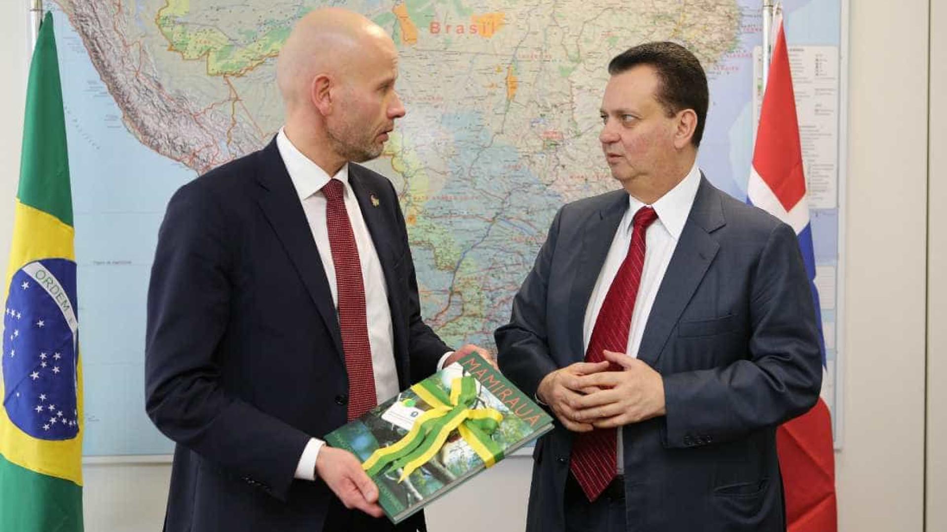 Brasil e Noruega intensificam acordo em petróleo e gás