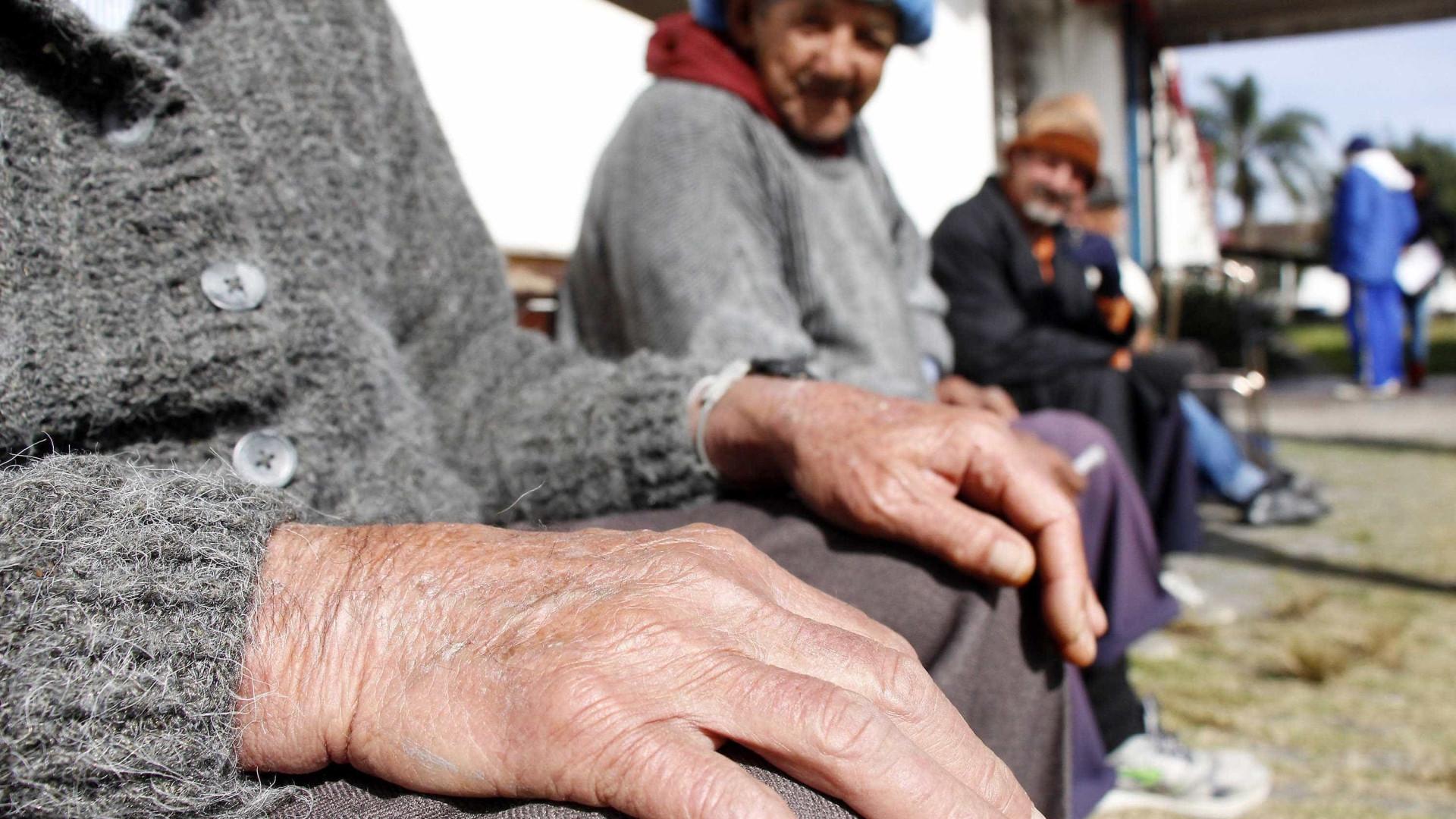 Polícia apura morte de 18 em clínica para idosos e deficientes em Minas