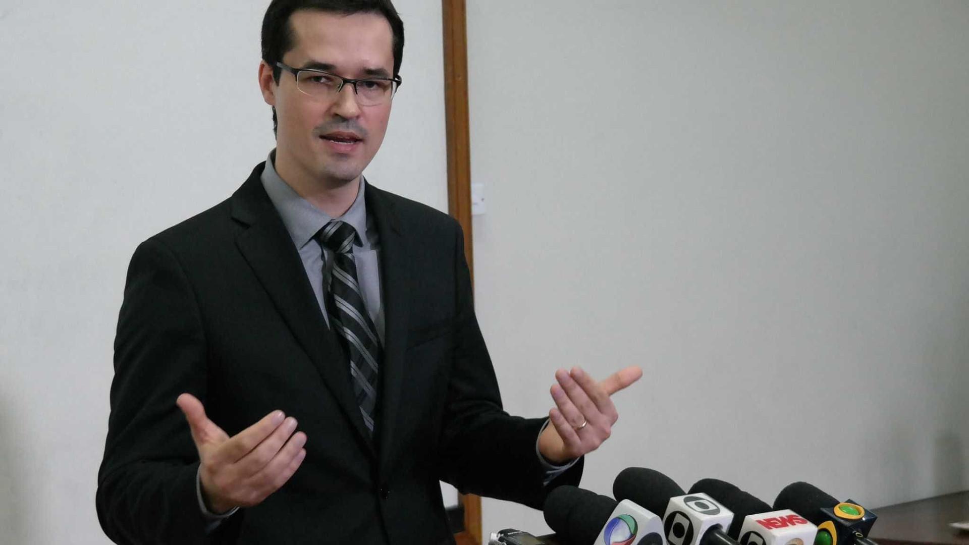 Deltan receou comentar caso Flávio e questionou reação de Moro