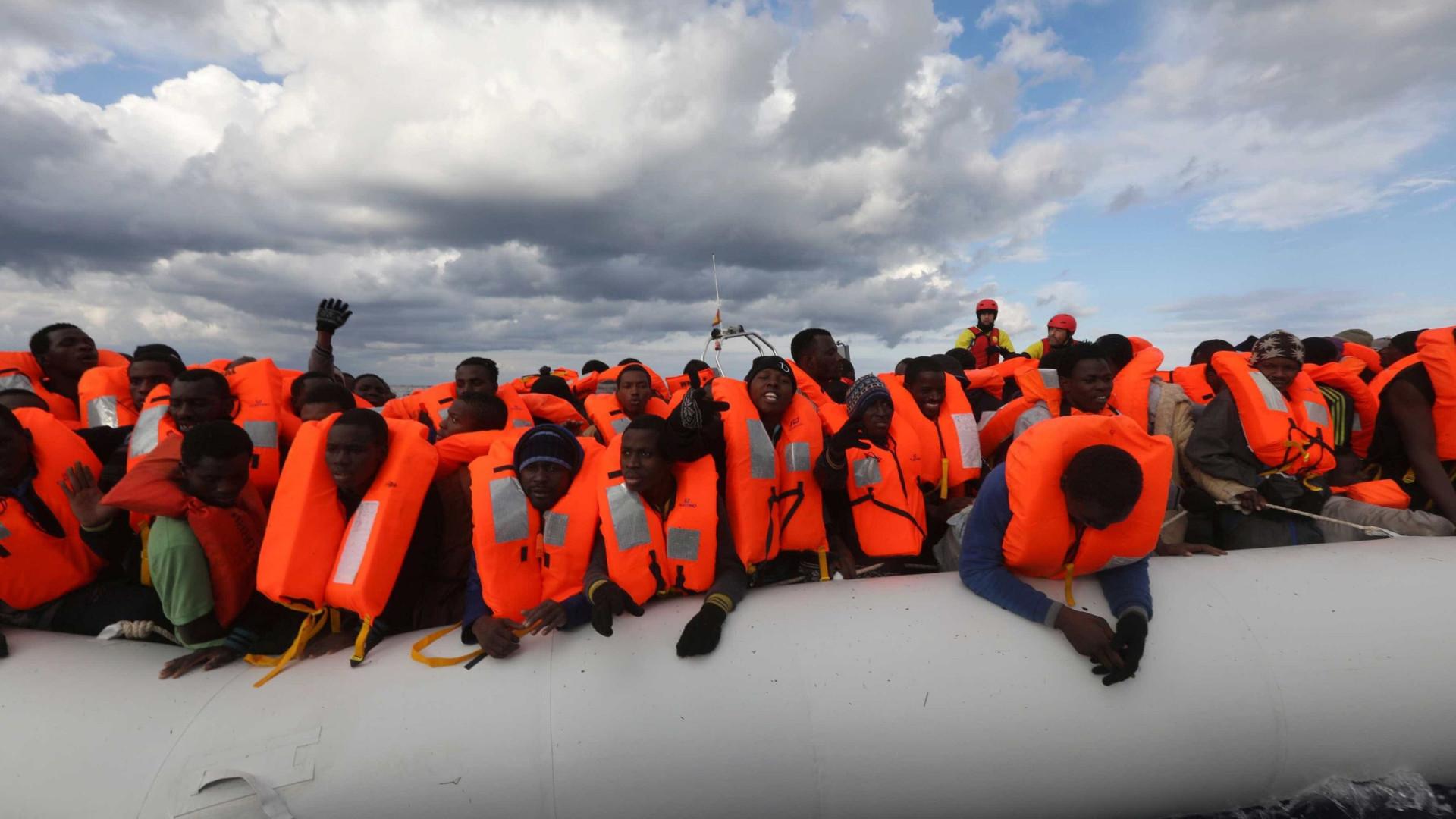 Mais de 700 imigrantes são resgatados na costa espanhola