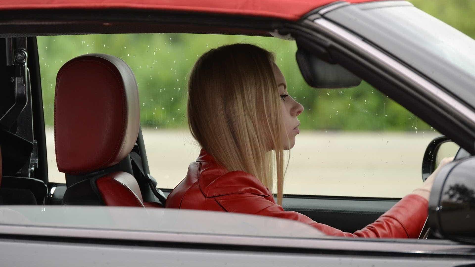 Ortopedista explica como evitar dor nas costas ao dirigir