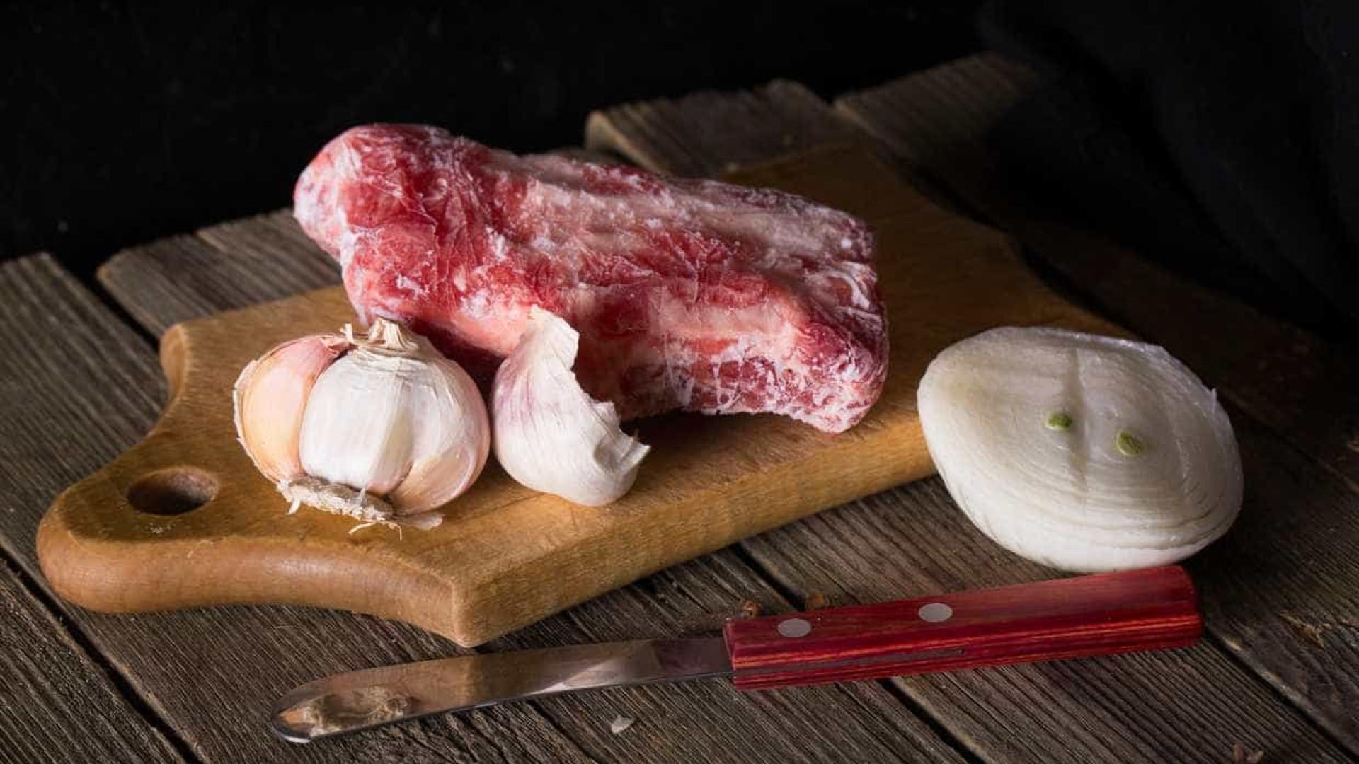 Podemos recongelar carne ou é perigoso?