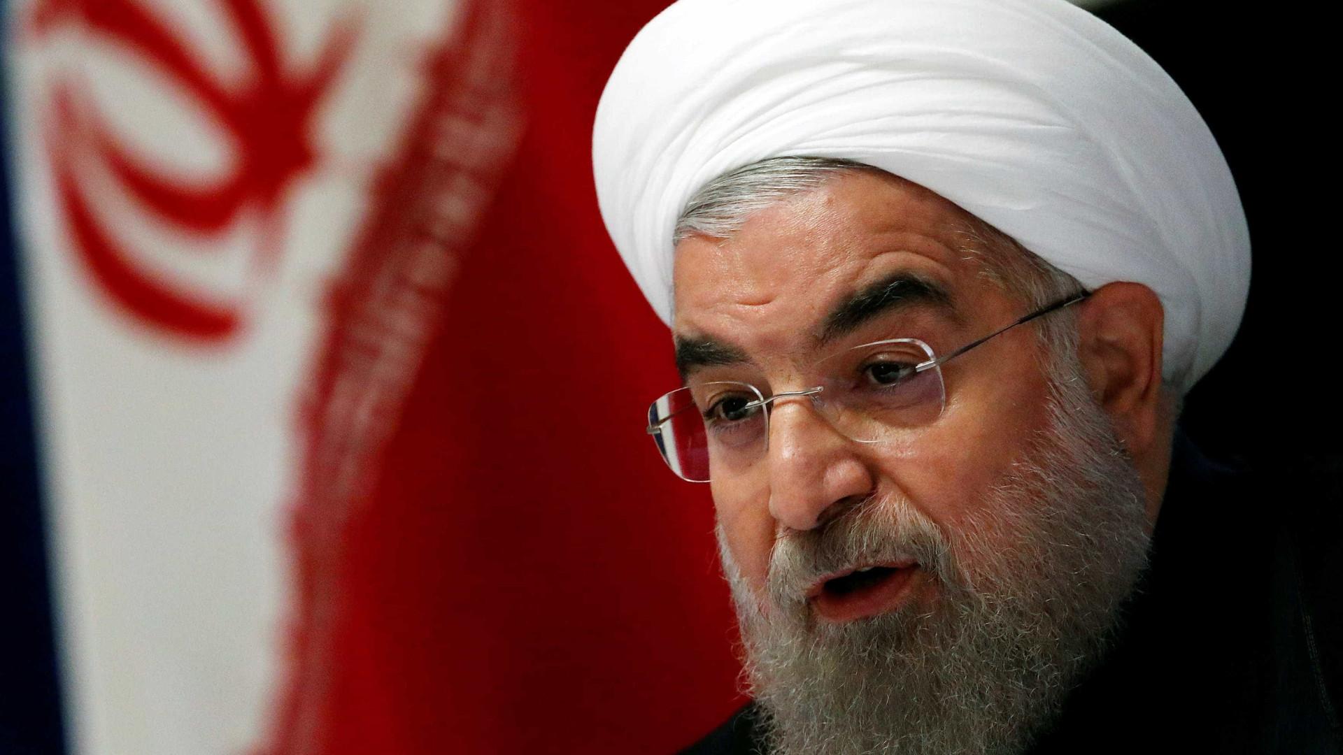 Presidente iraniano diz que não cederá a pressões dos EUA