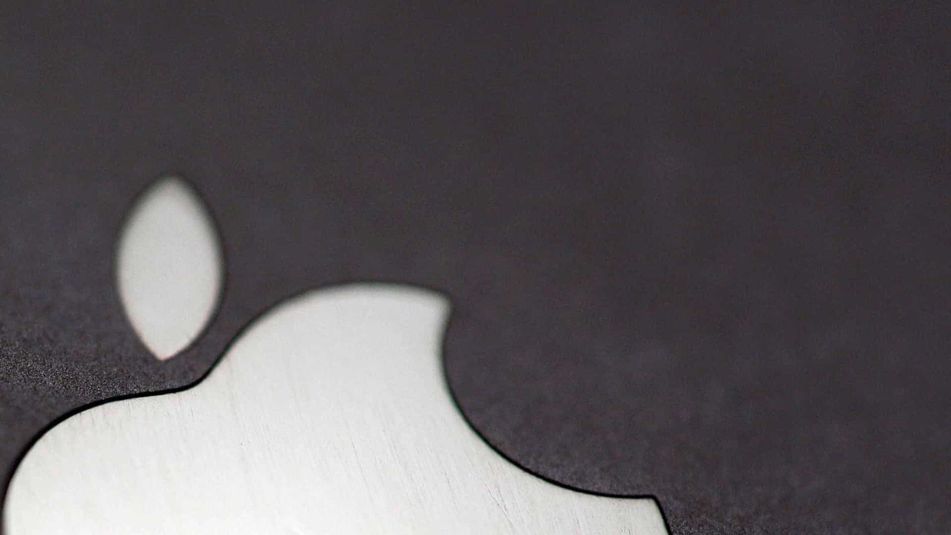 Lançamento do iPhone de tela dobrável pode atrasar (ainda mais)