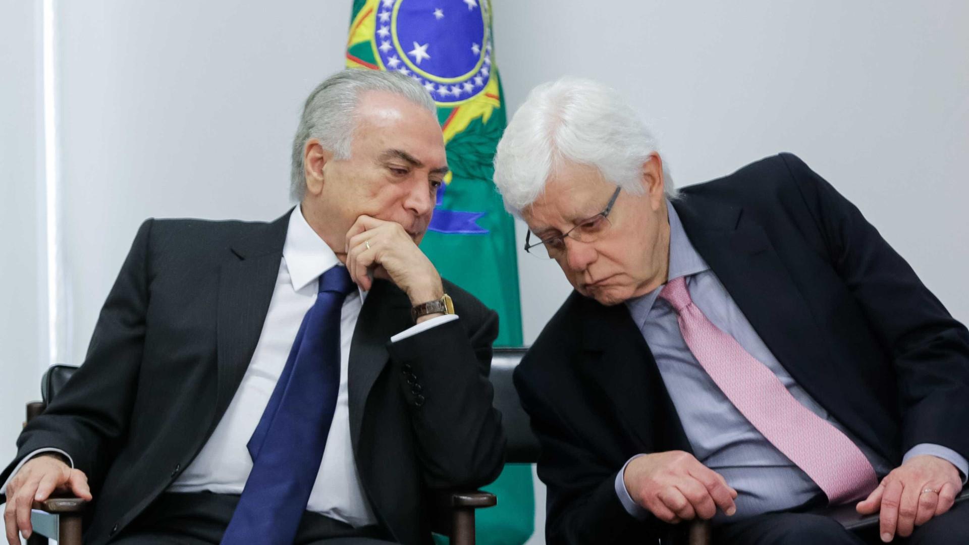 Lava Jato exibe conversa entre Temer e Moreira horas antes da prisão