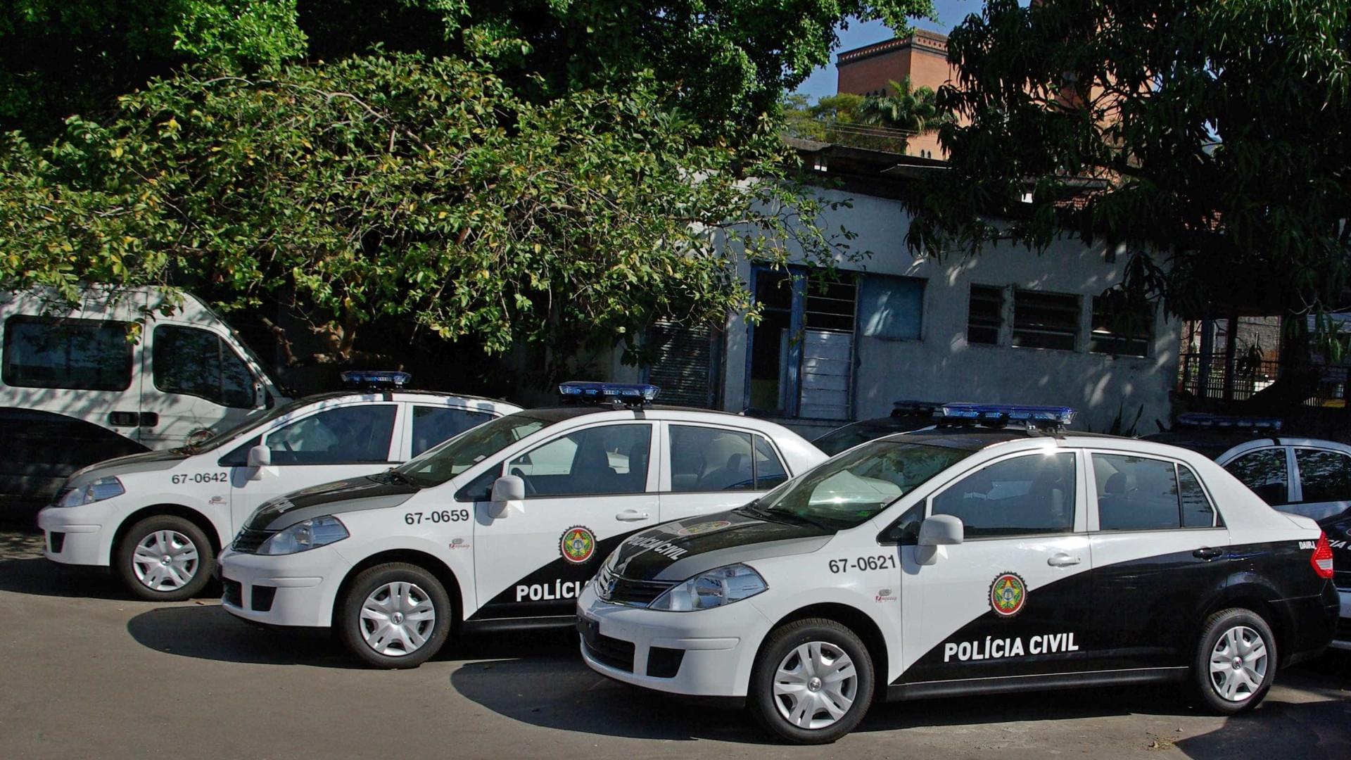 Operação prende 37 de grupo liderado por policiais civis no RJ