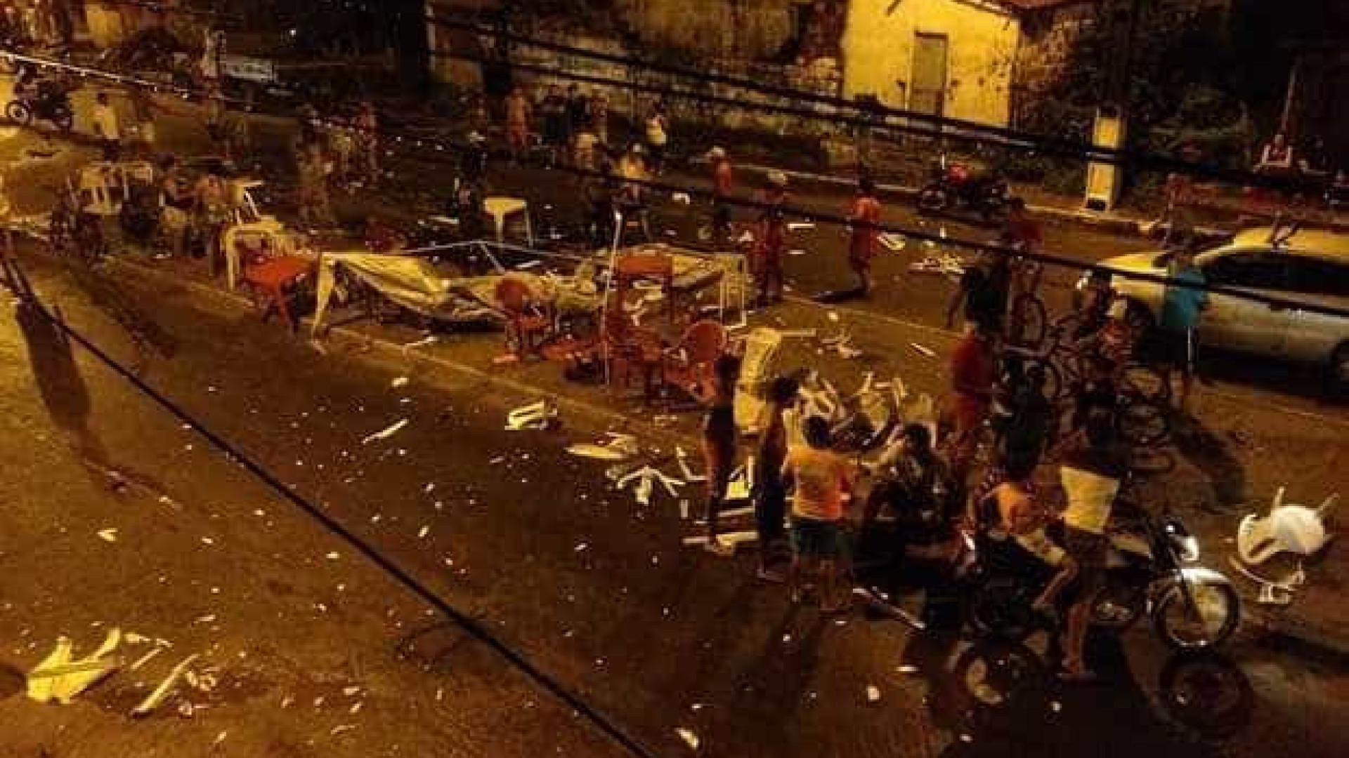 Motorista sobe em canteiro e atropela 12 pessoas no Ceará