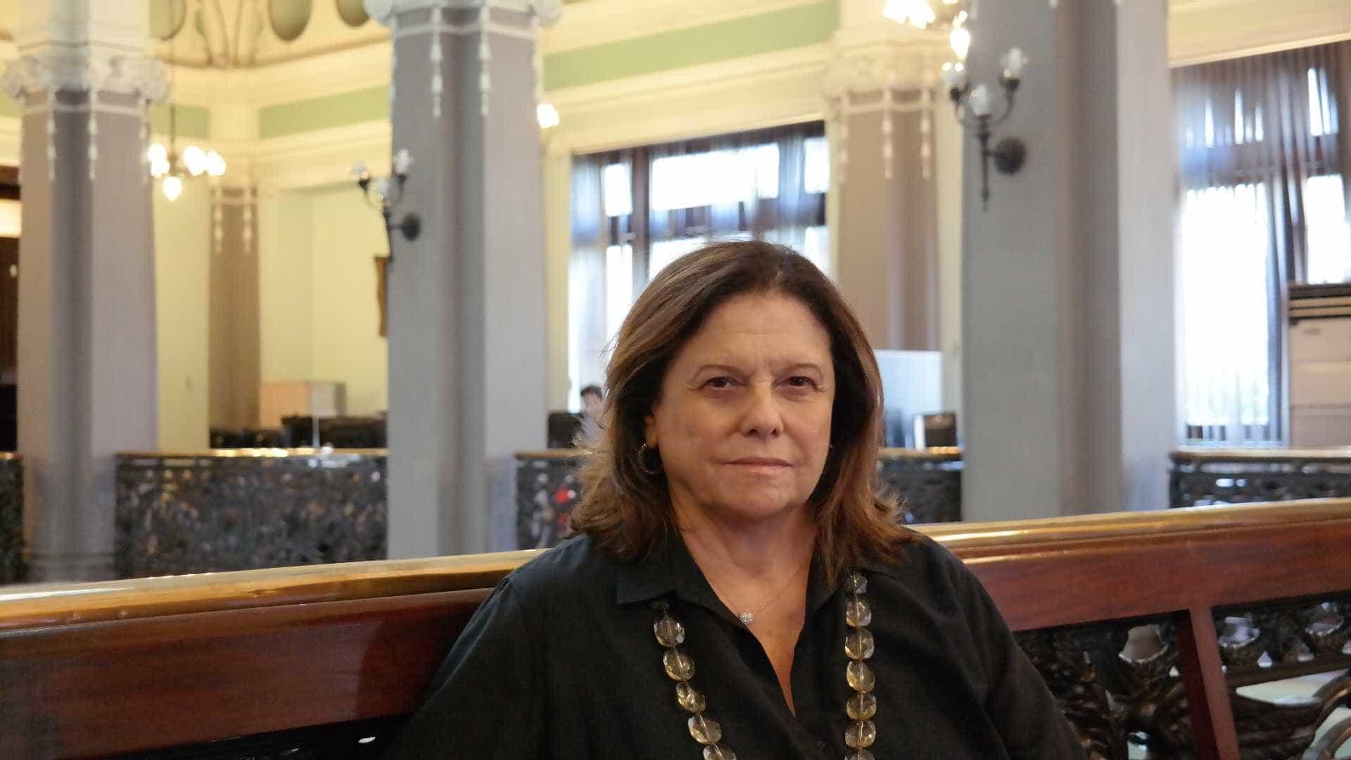 Helena Severo põe presidência da Biblioteca Nacional à disposição
