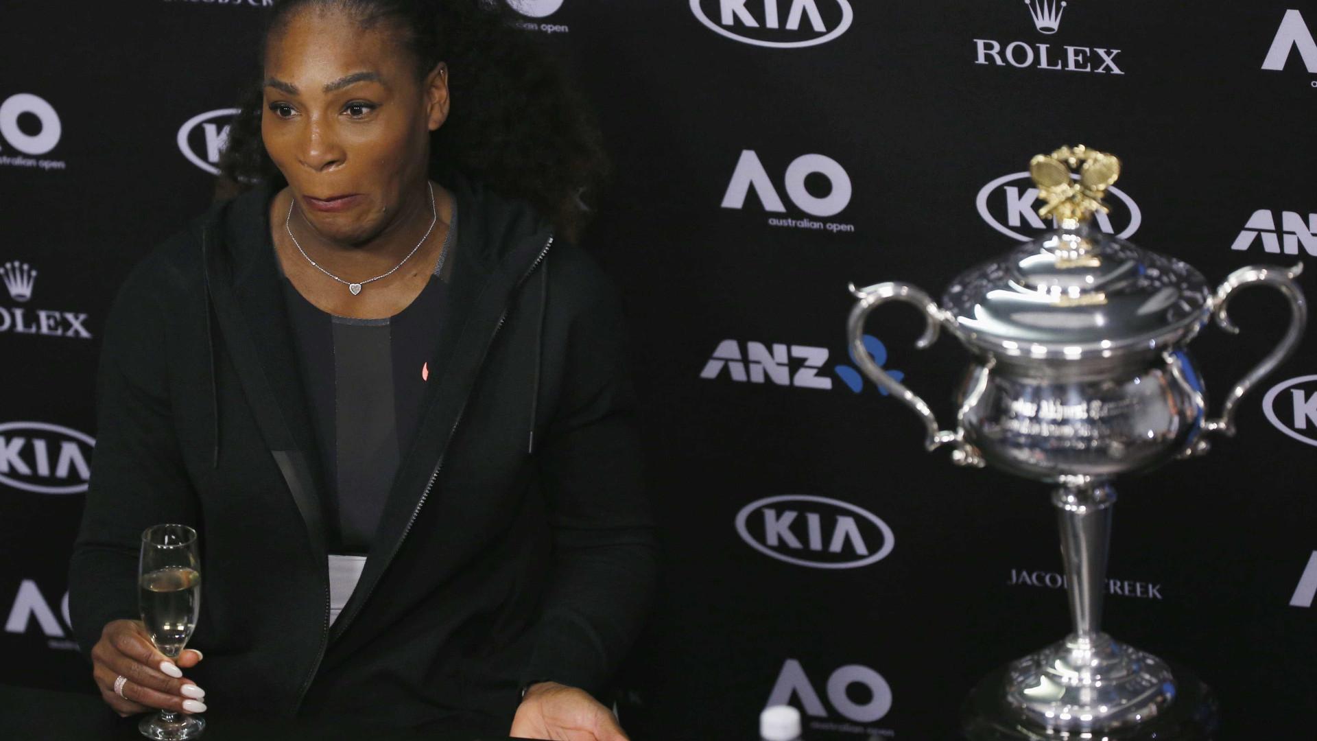 Serena Williams lamenta racismo  de ex-tenista romeno