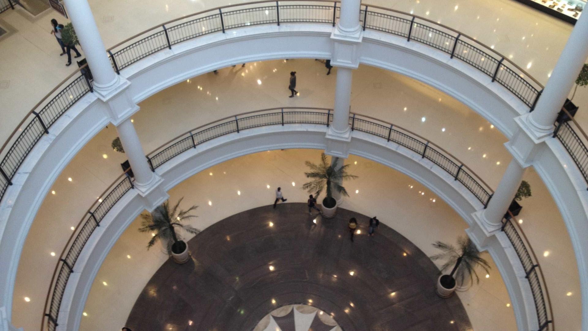 Entidades do movimento negro protestam no shopping Pátio Higienópolis
