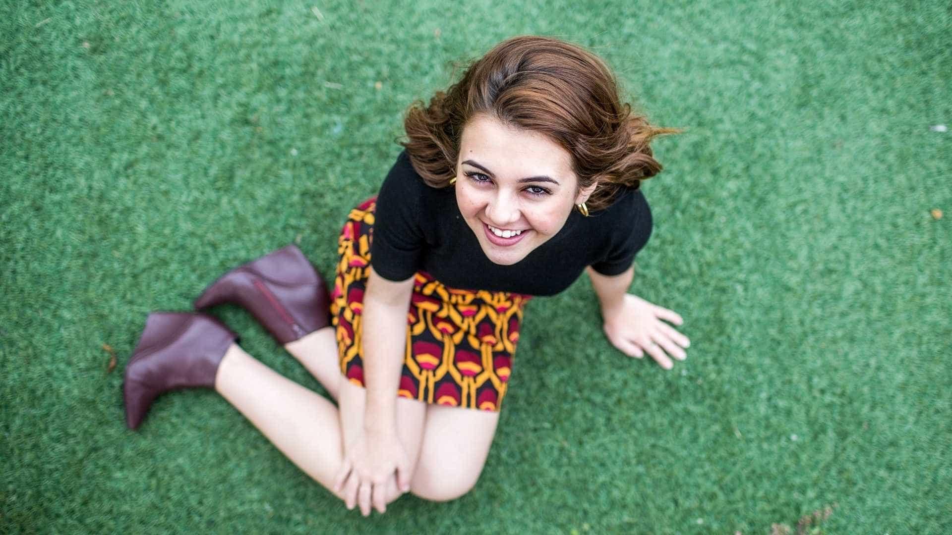 Klara Castanho deixa de seguir pessoa por tentar se parecer com ela