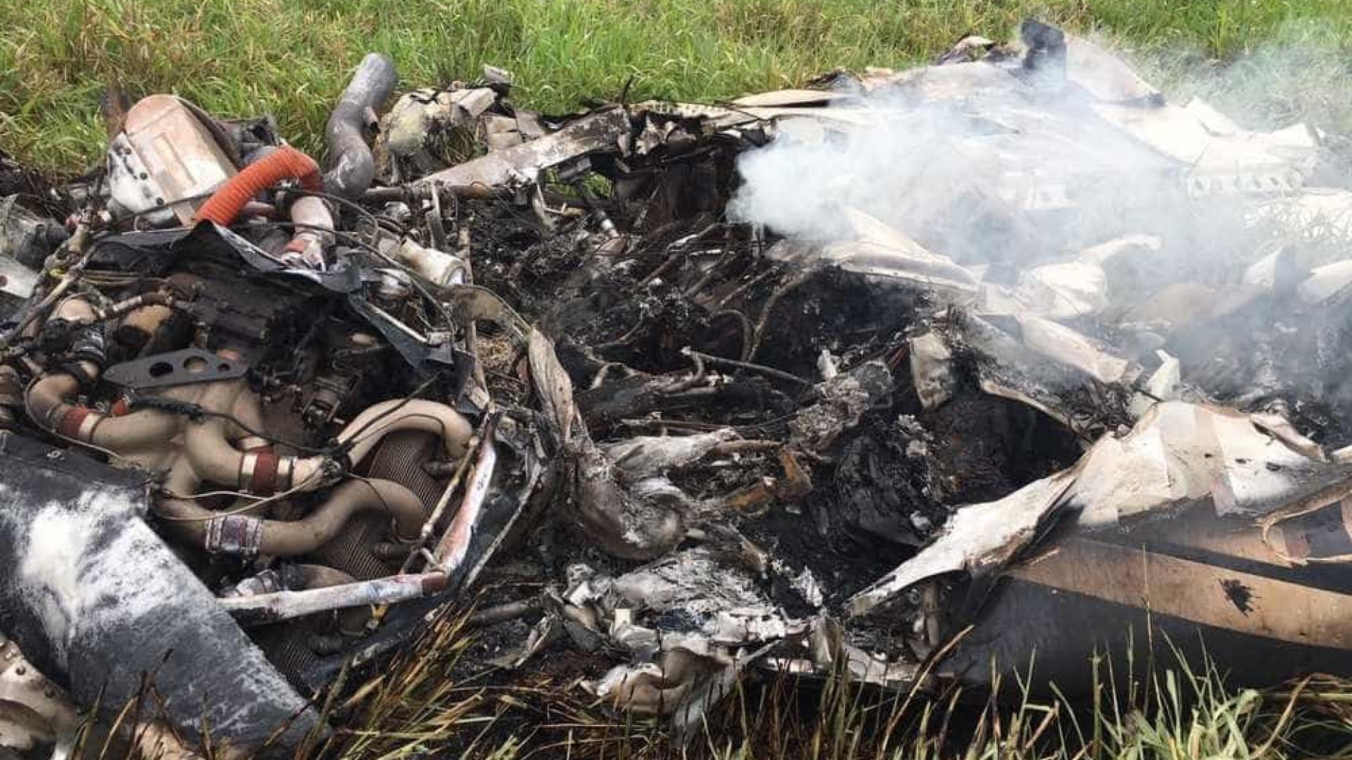 Empresário e piloto morrem em queda de aeronave